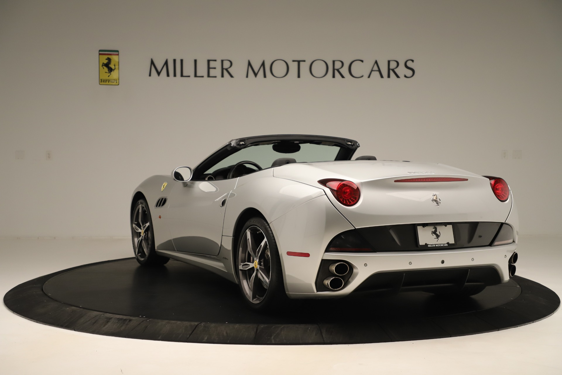 Used 2014 Ferrari California 30 For Sale In Greenwich, CT 3355_p5