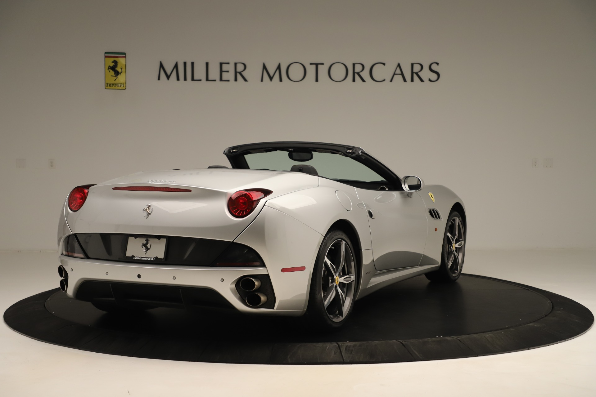 Used 2014 Ferrari California 30 For Sale In Greenwich, CT 3355_p7
