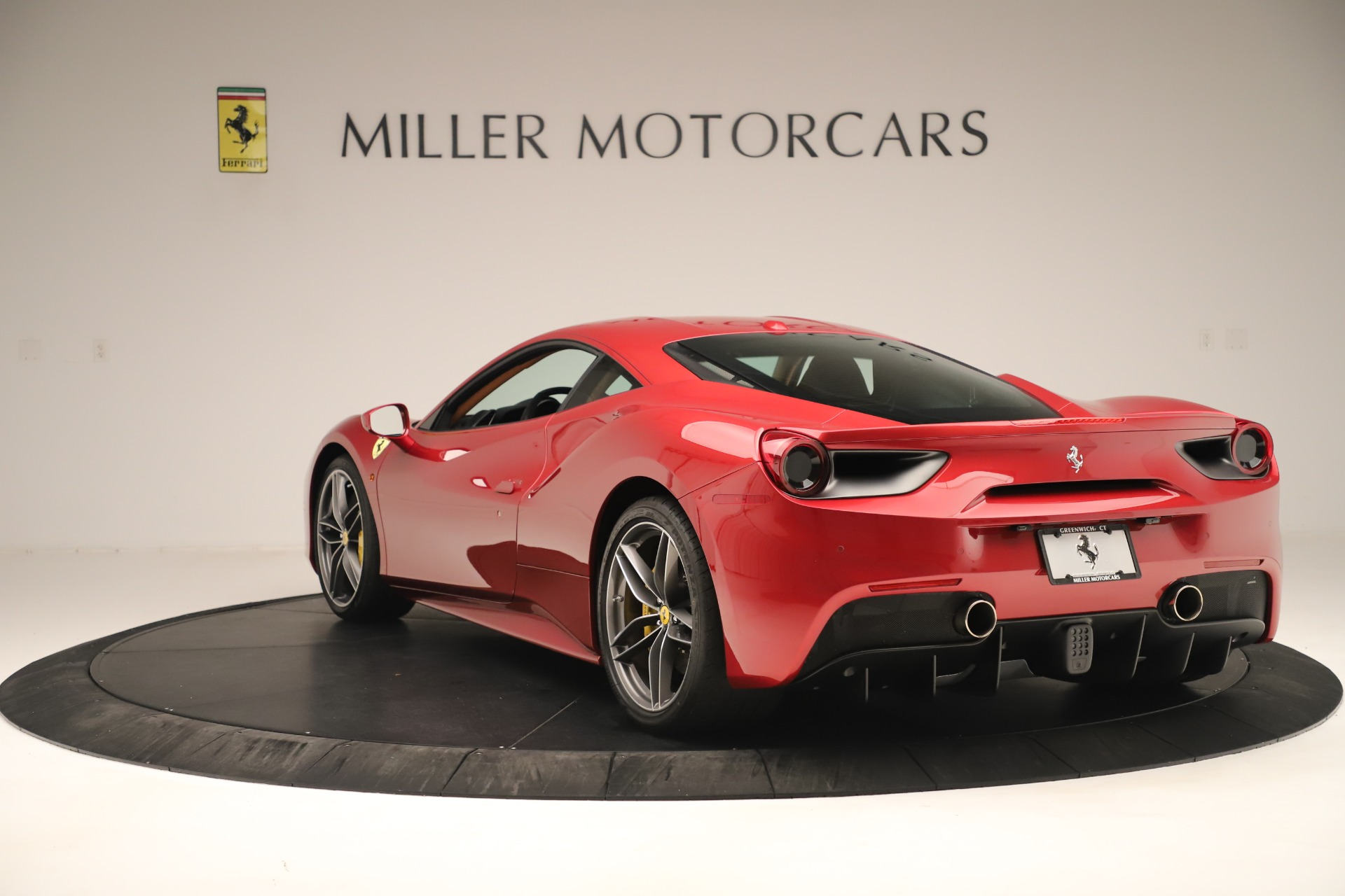 Used 2018 Ferrari 488 GTB  For Sale In Greenwich, CT 3362_p5