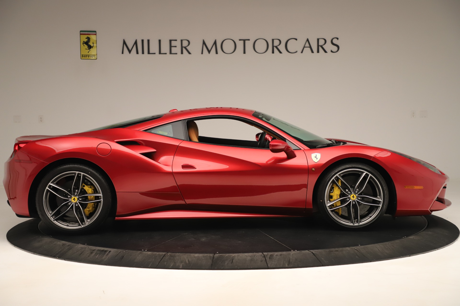 Used 2018 Ferrari 488 GTB  For Sale In Greenwich, CT 3362_p9
