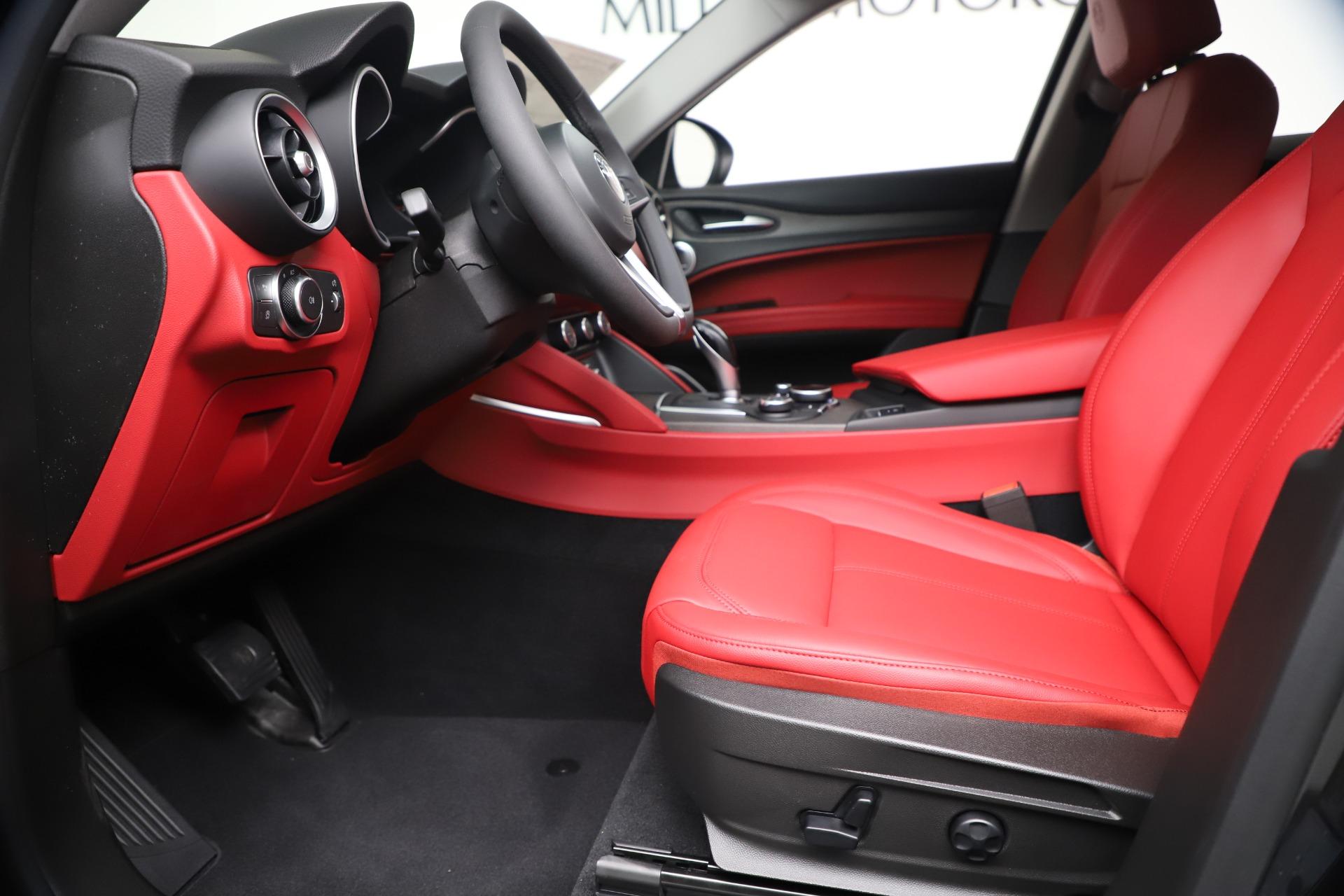 New 2019 Alfa Romeo Stelvio Ti Q4 For Sale In Greenwich, CT 3363_p14
