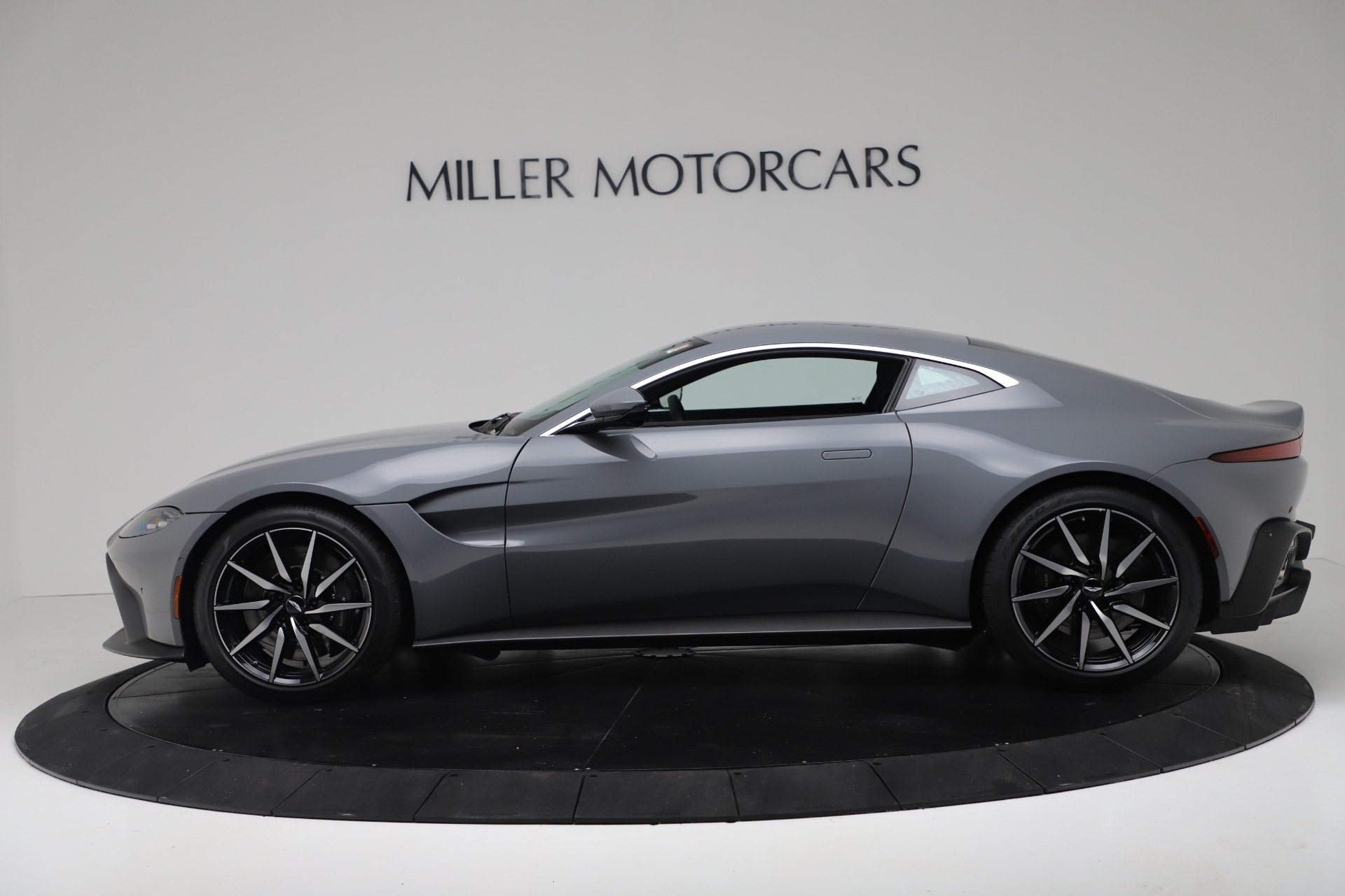 New 2020 Aston Martin Vantage Coupe For Sale In Greenwich, CT 3368_p2
