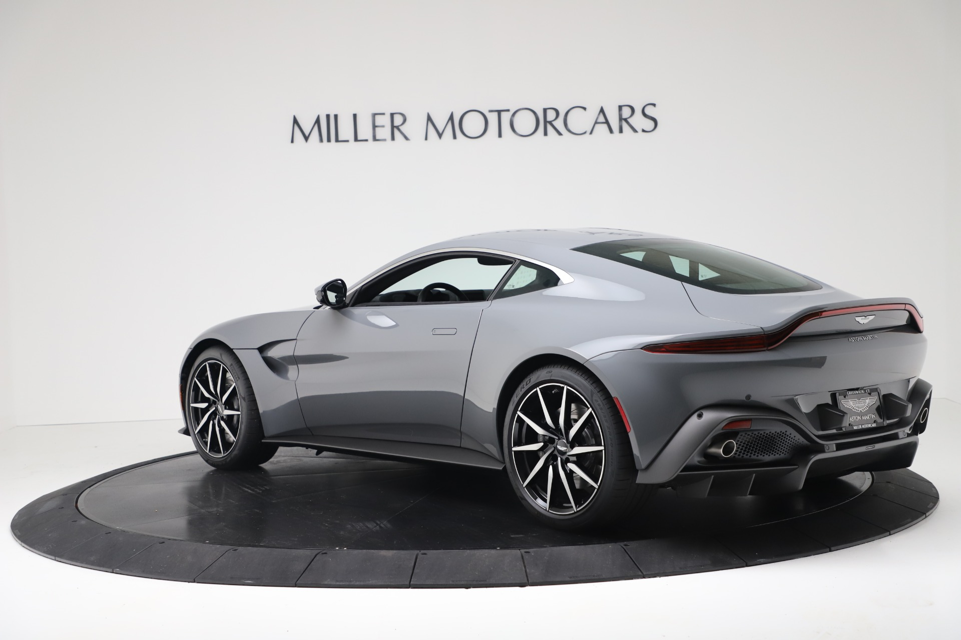 New 2020 Aston Martin Vantage Coupe For Sale In Greenwich, CT 3368_p3