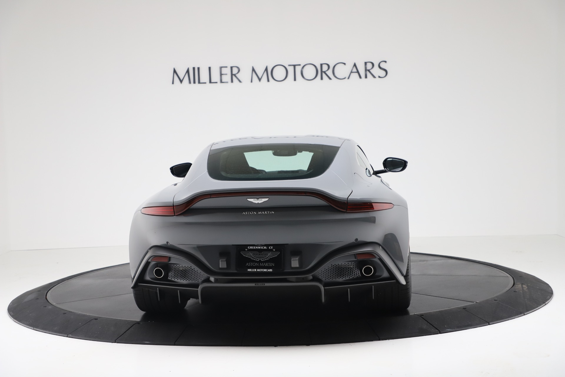New 2020 Aston Martin Vantage Coupe For Sale In Greenwich, CT 3368_p4