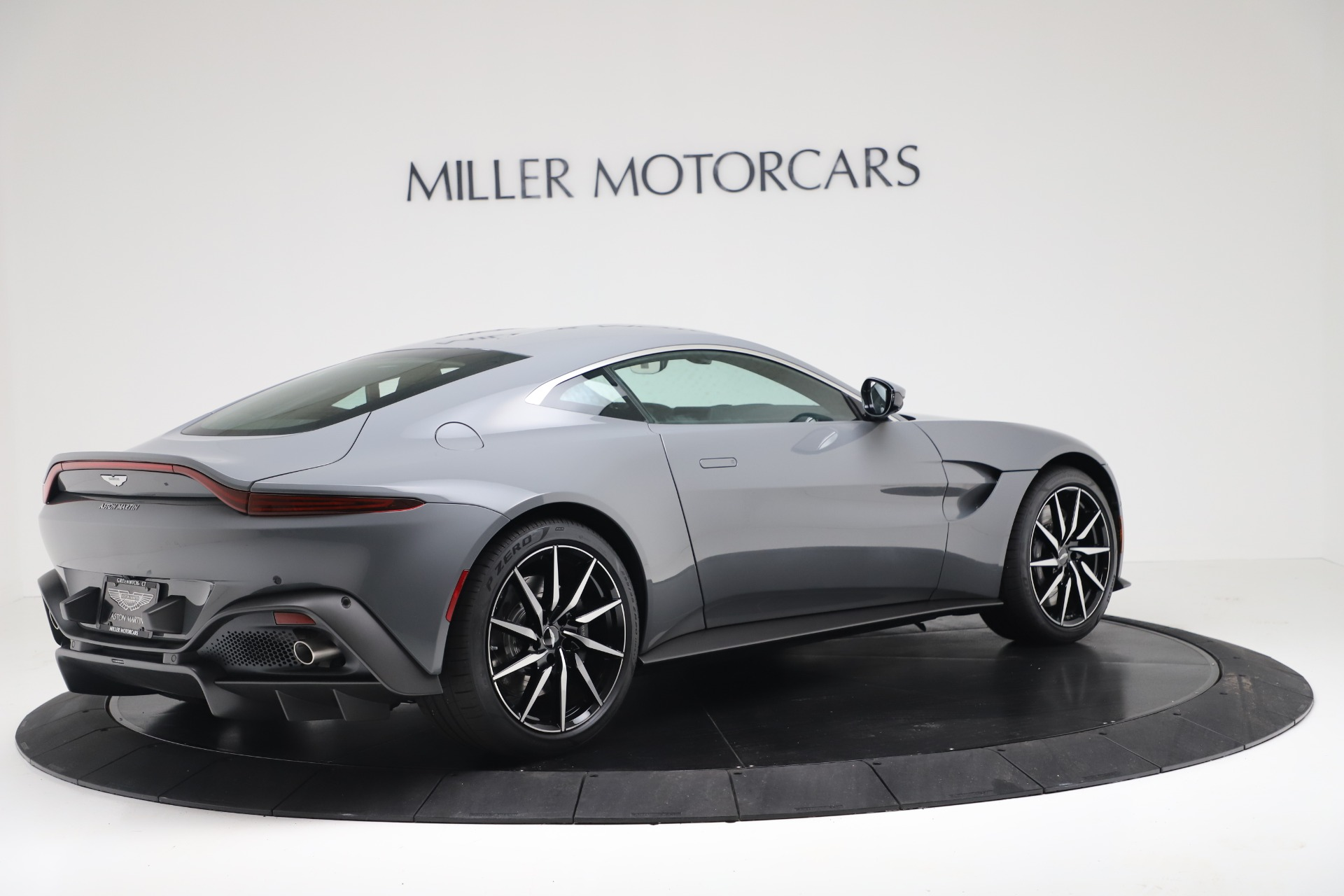 New 2020 Aston Martin Vantage Coupe For Sale In Greenwich, CT 3368_p5