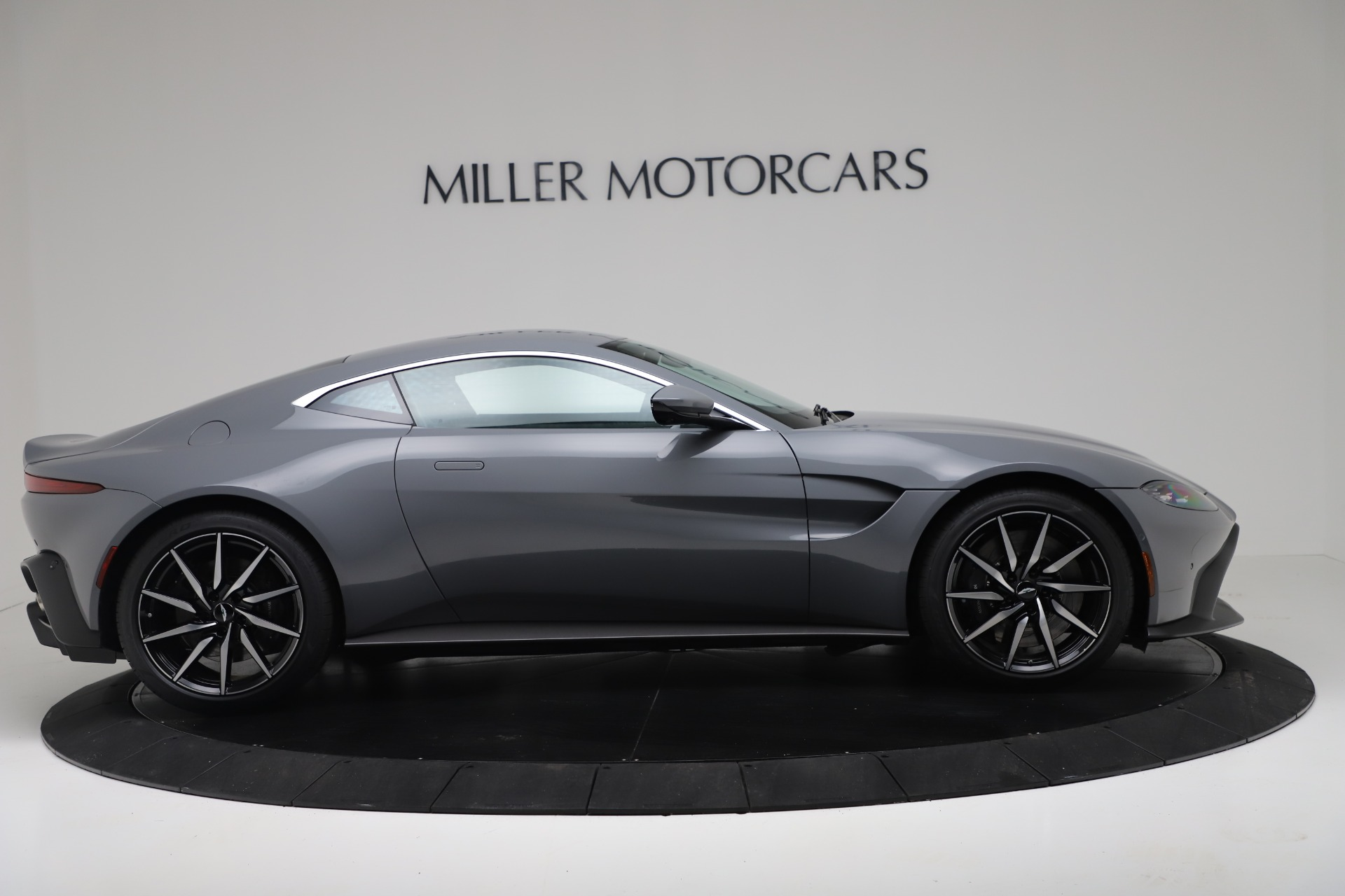 New 2020 Aston Martin Vantage Coupe For Sale In Greenwich, CT 3368_p6
