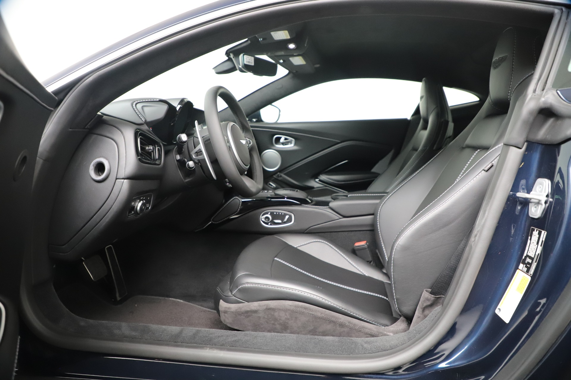 New 2020 Aston Martin Vantage Coupe For Sale In Greenwich, CT 3369_p11