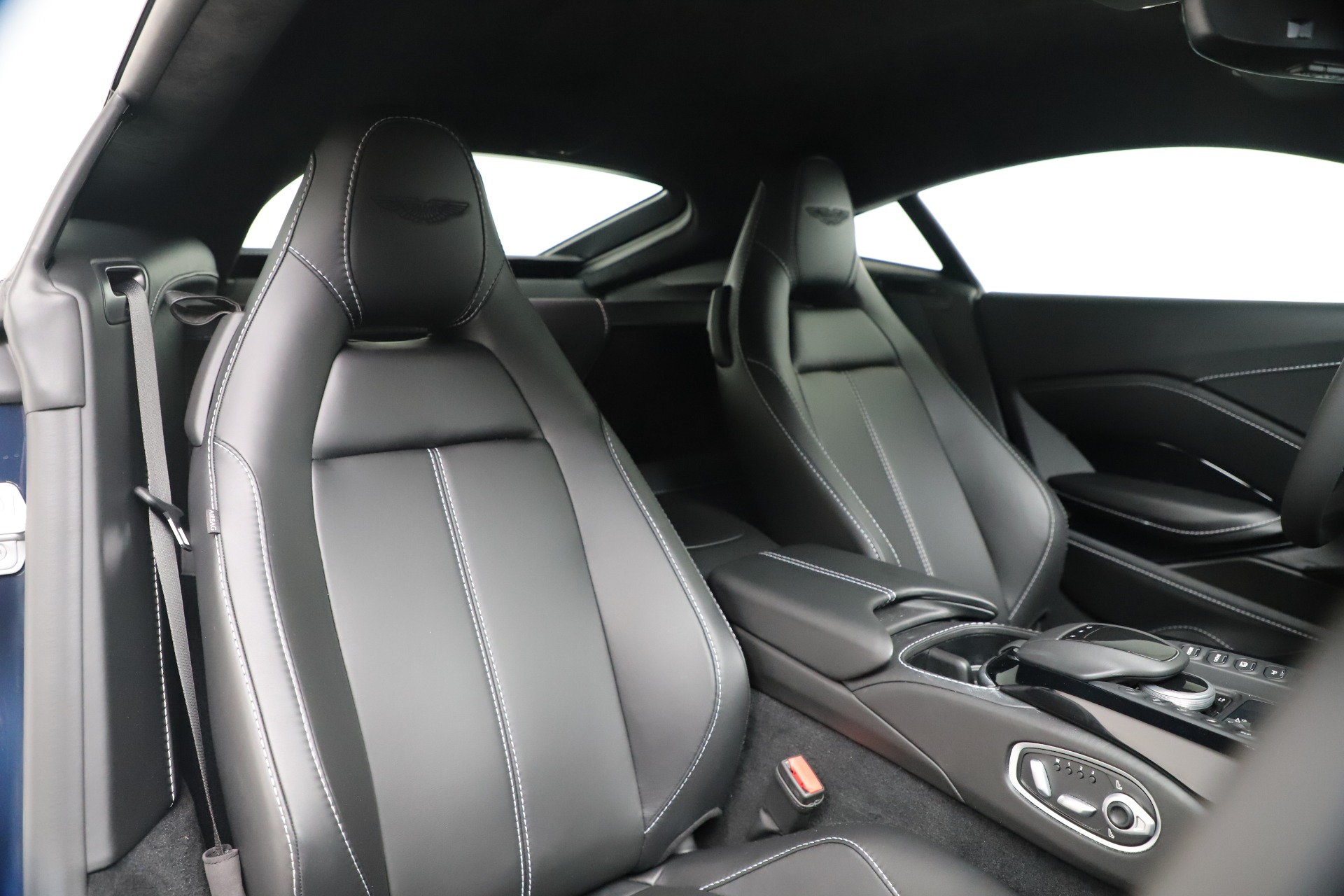 New 2020 Aston Martin Vantage Coupe For Sale In Greenwich, CT 3369_p15