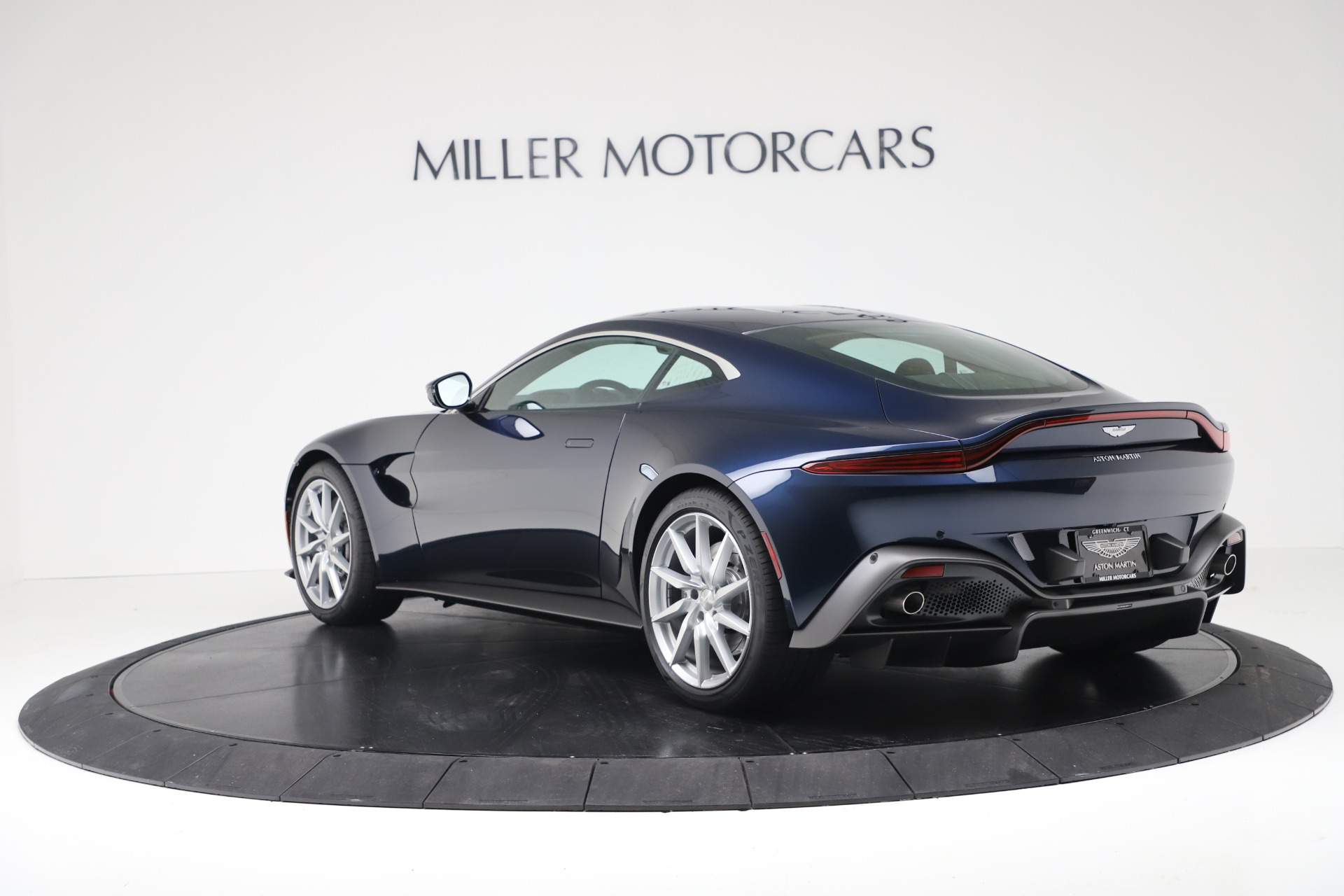 New 2020 Aston Martin Vantage Coupe For Sale In Greenwich, CT 3369_p3