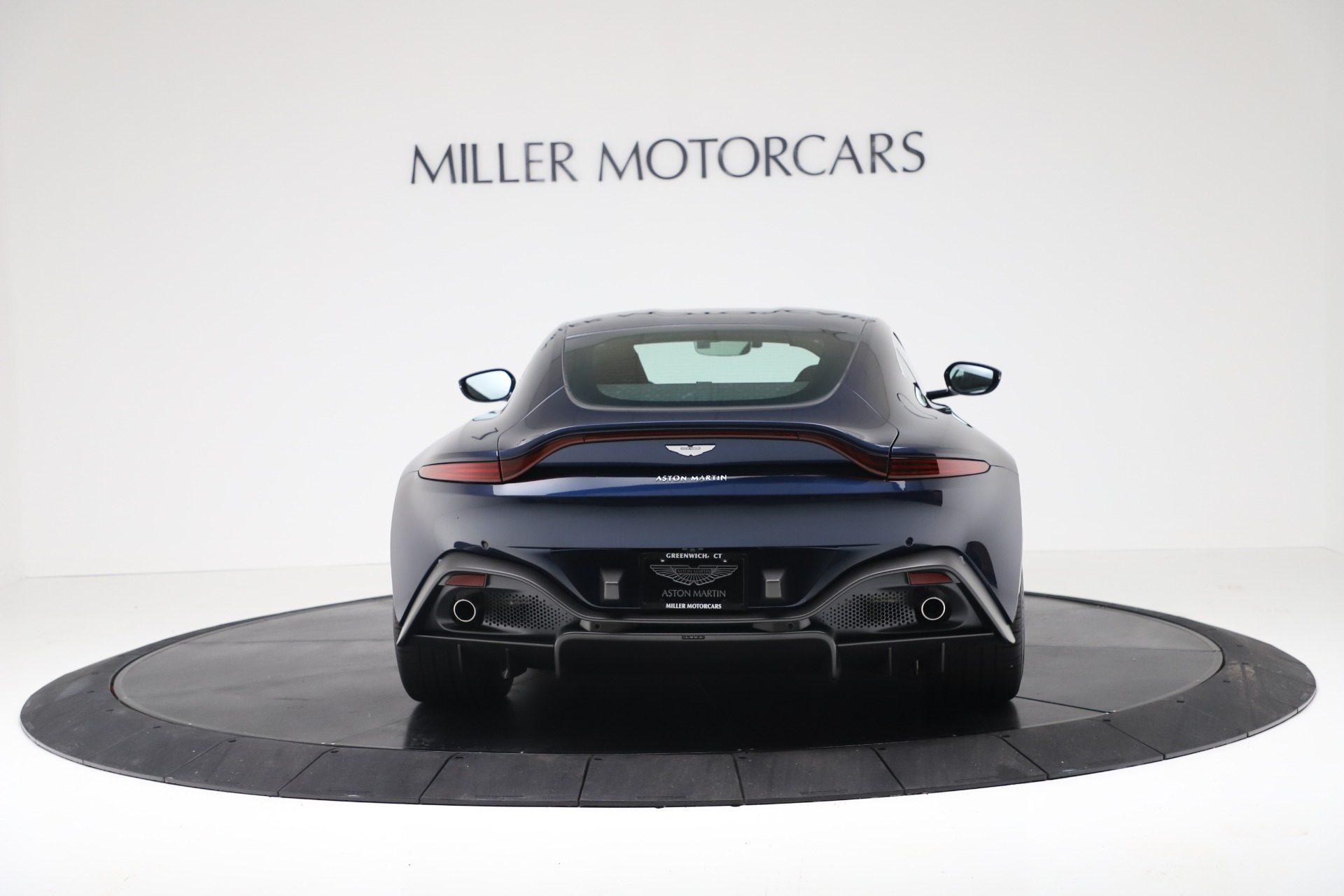 New 2020 Aston Martin Vantage V8 For Sale In Greenwich, CT 3369_p4