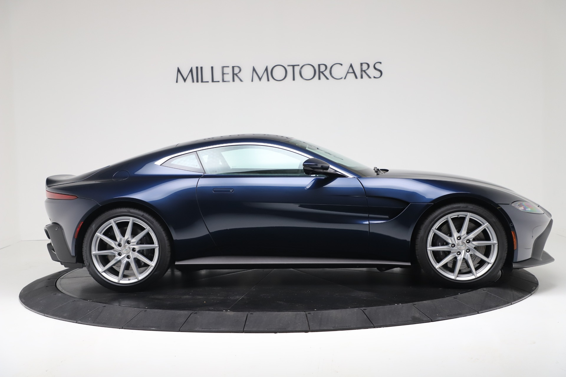 New 2020 Aston Martin Vantage Coupe For Sale In Greenwich, CT 3369_p6