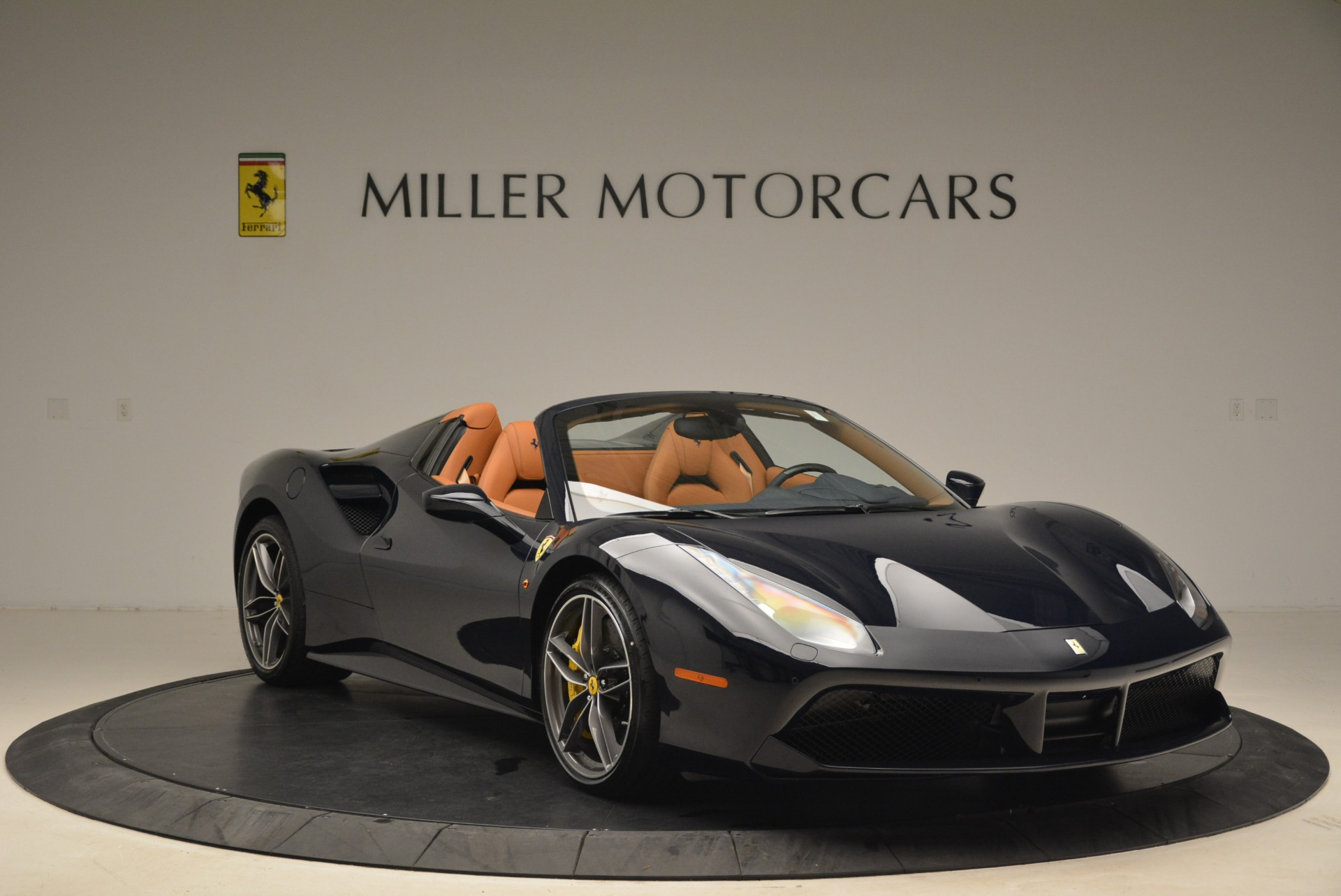 Used 2018 Ferrari 488 Spider  For Sale In Greenwich, CT 3371_p11