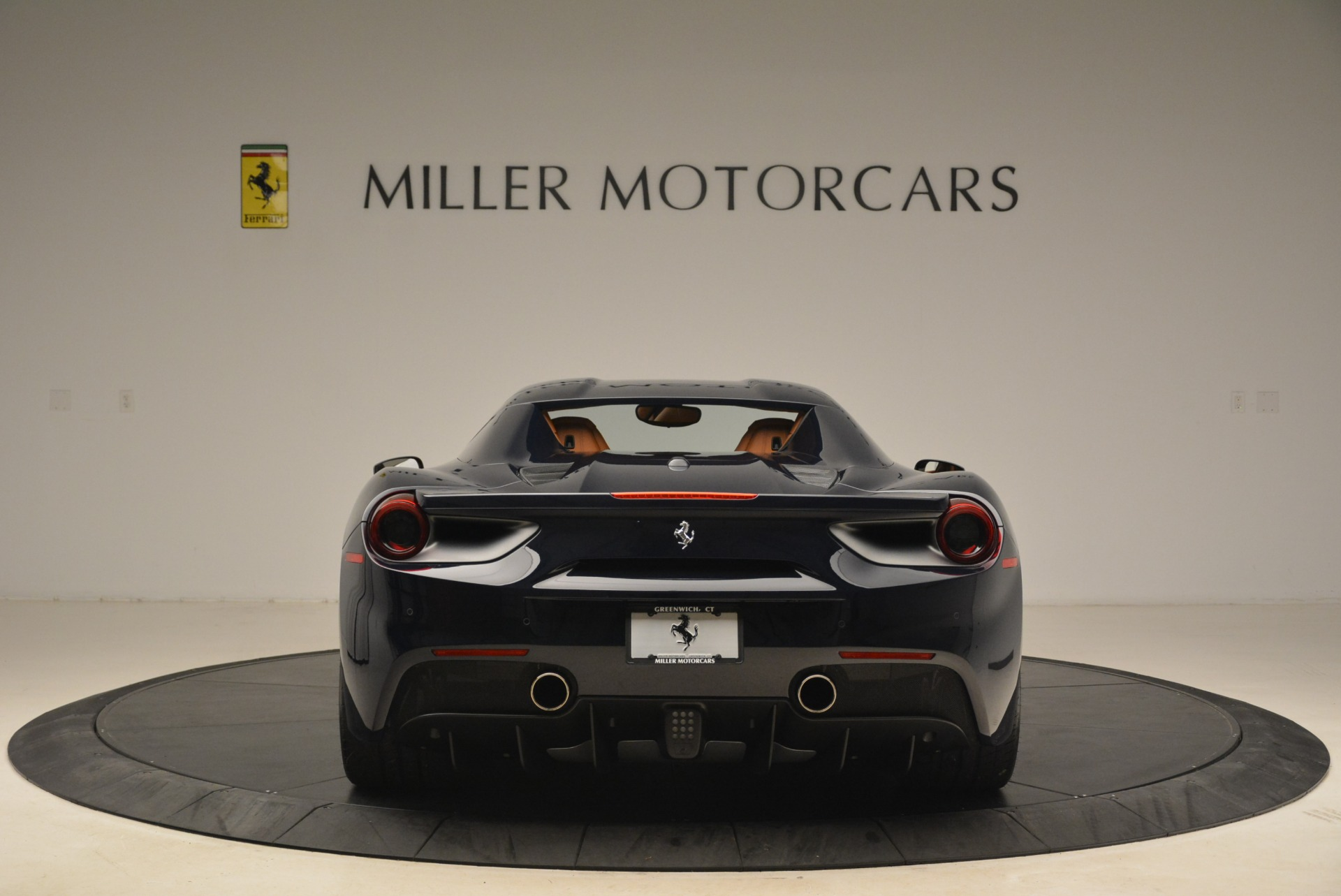 Used 2018 Ferrari 488 Spider  For Sale In Greenwich, CT 3371_p18