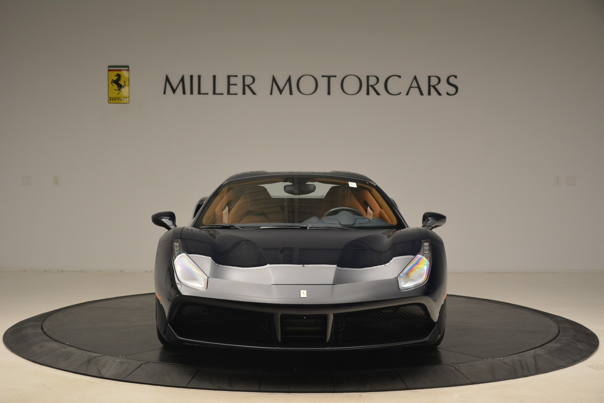 Used 2018 Ferrari 488 Spider  For Sale In Greenwich, CT 3371_p24