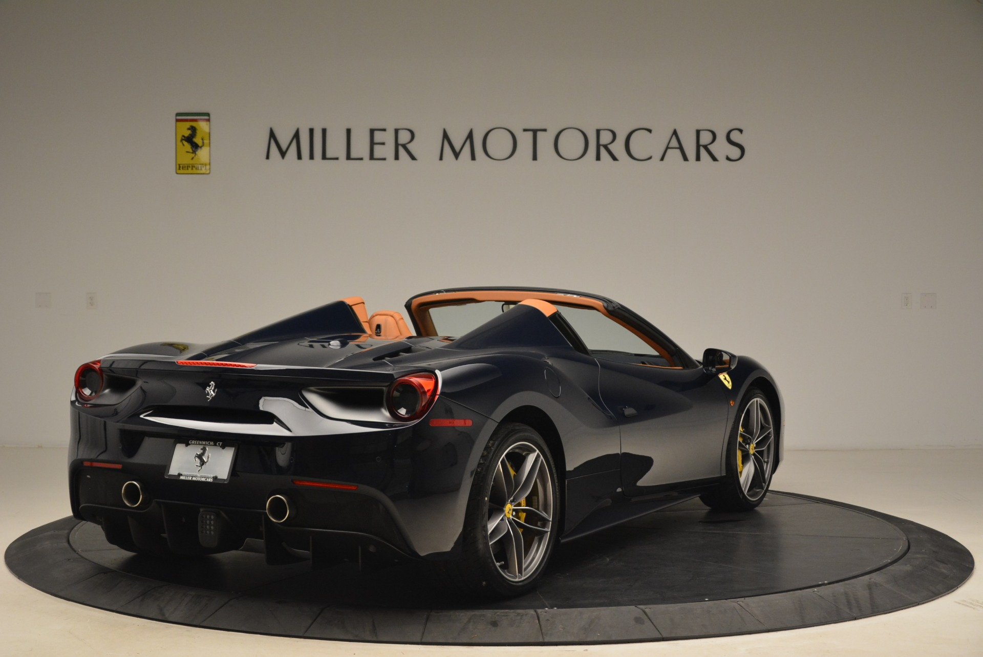 Used 2018 Ferrari 488 Spider  For Sale In Greenwich, CT 3371_p7