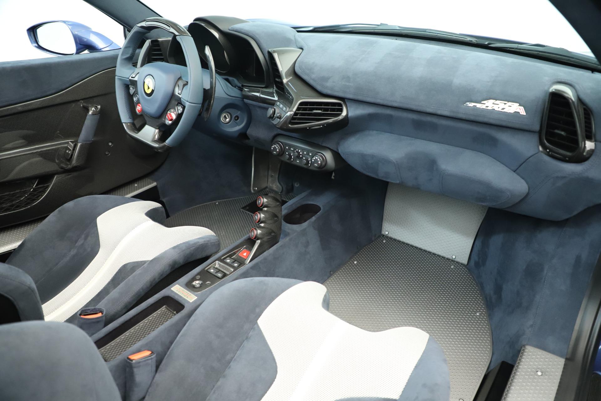 Used 2015 Ferrari 458 Speciale Aperta  For Sale In Greenwich, CT 3372_p28