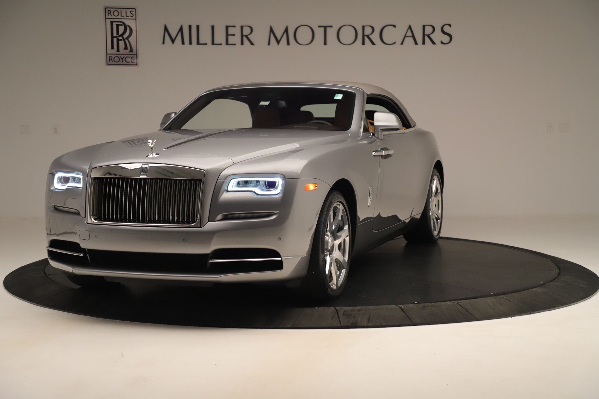 Used 2016 Rolls-Royce Dawn  For Sale In Greenwich, CT 3373_p9