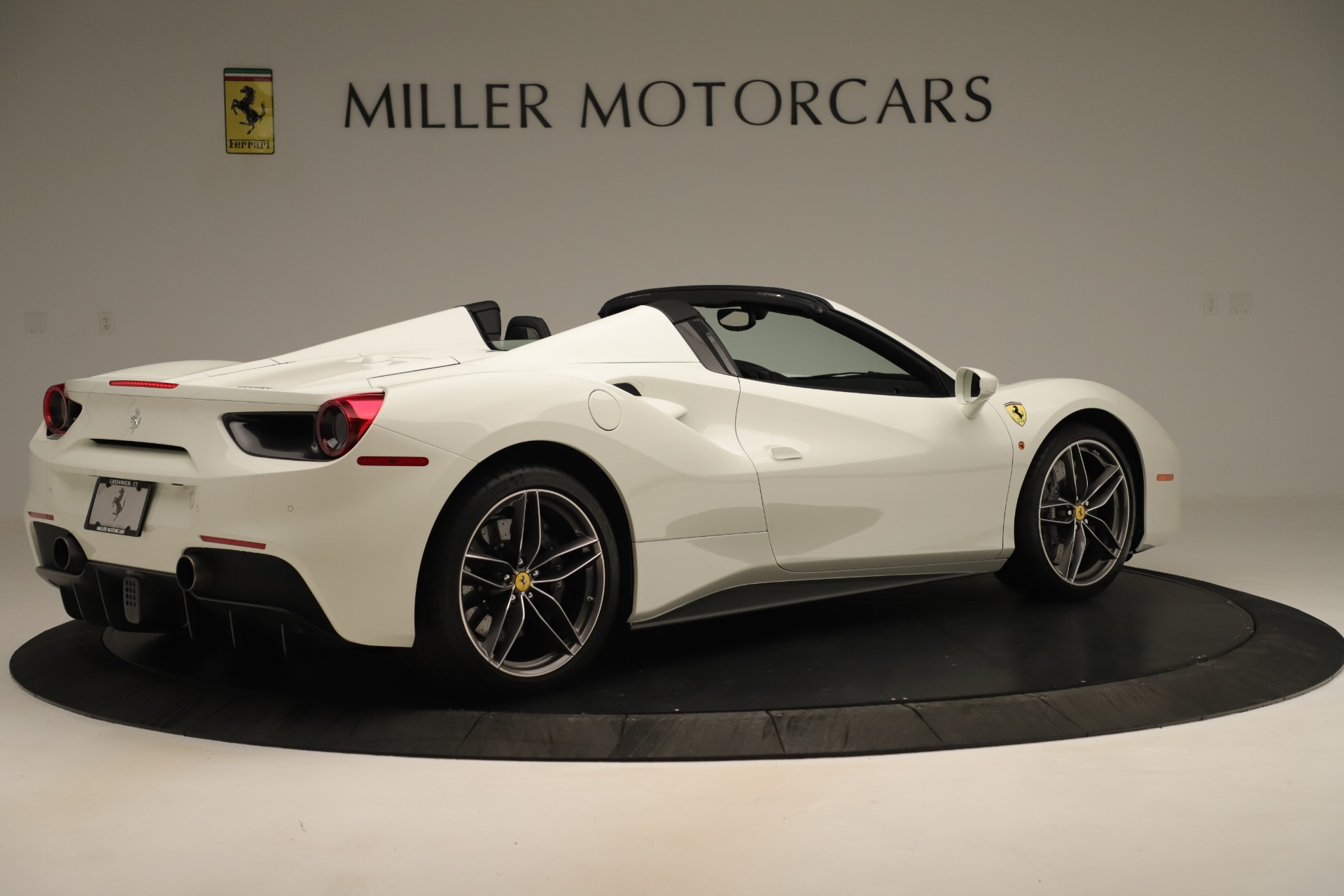 Used 2016 Ferrari 488 Spider  For Sale In Greenwich, CT 3375_p8