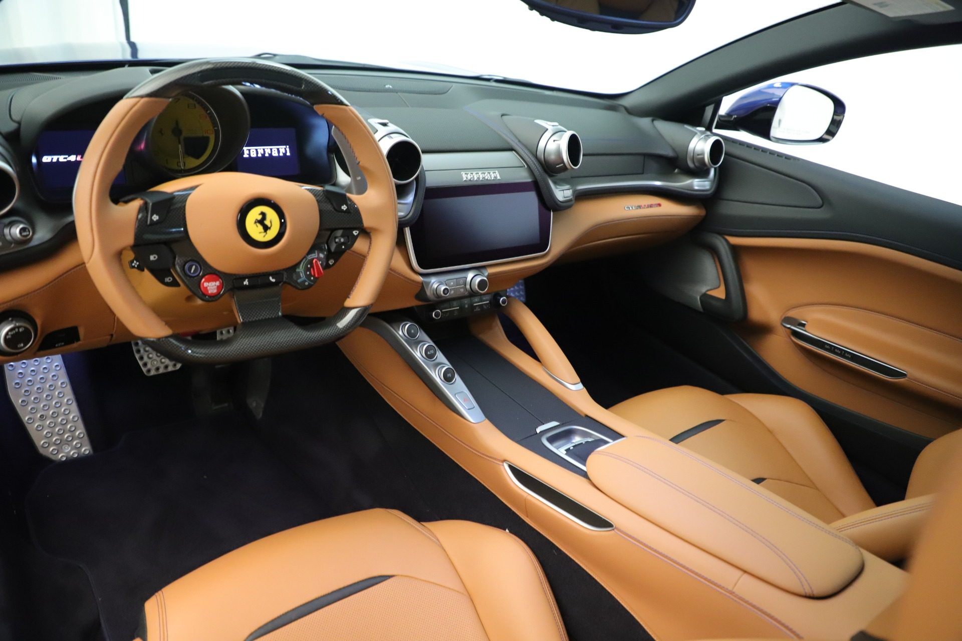 Used 2019 Ferrari GTC4Lusso  For Sale In Greenwich, CT 3376_p13