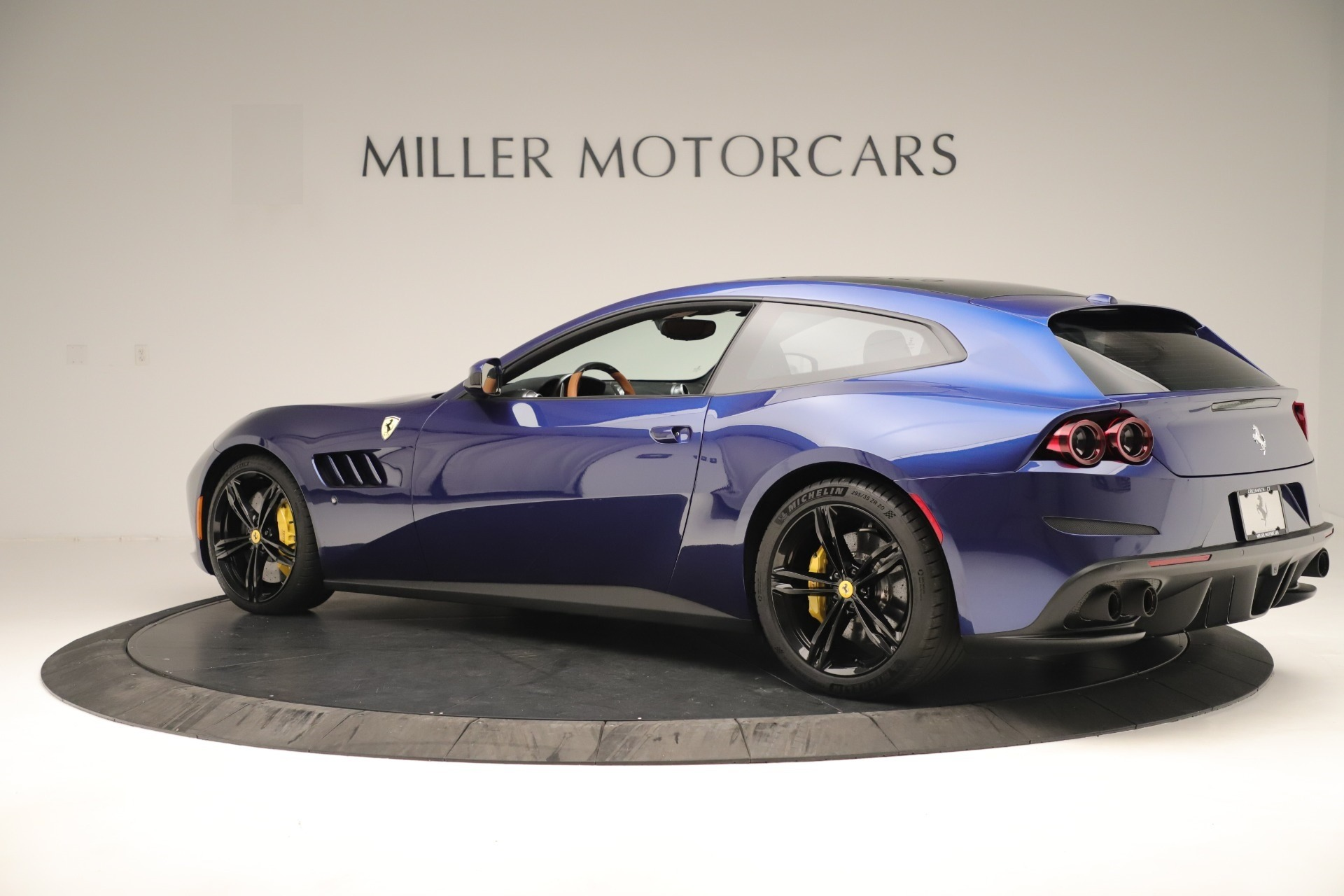 Used 2019 Ferrari GTC4Lusso  For Sale In Greenwich, CT 3376_p4