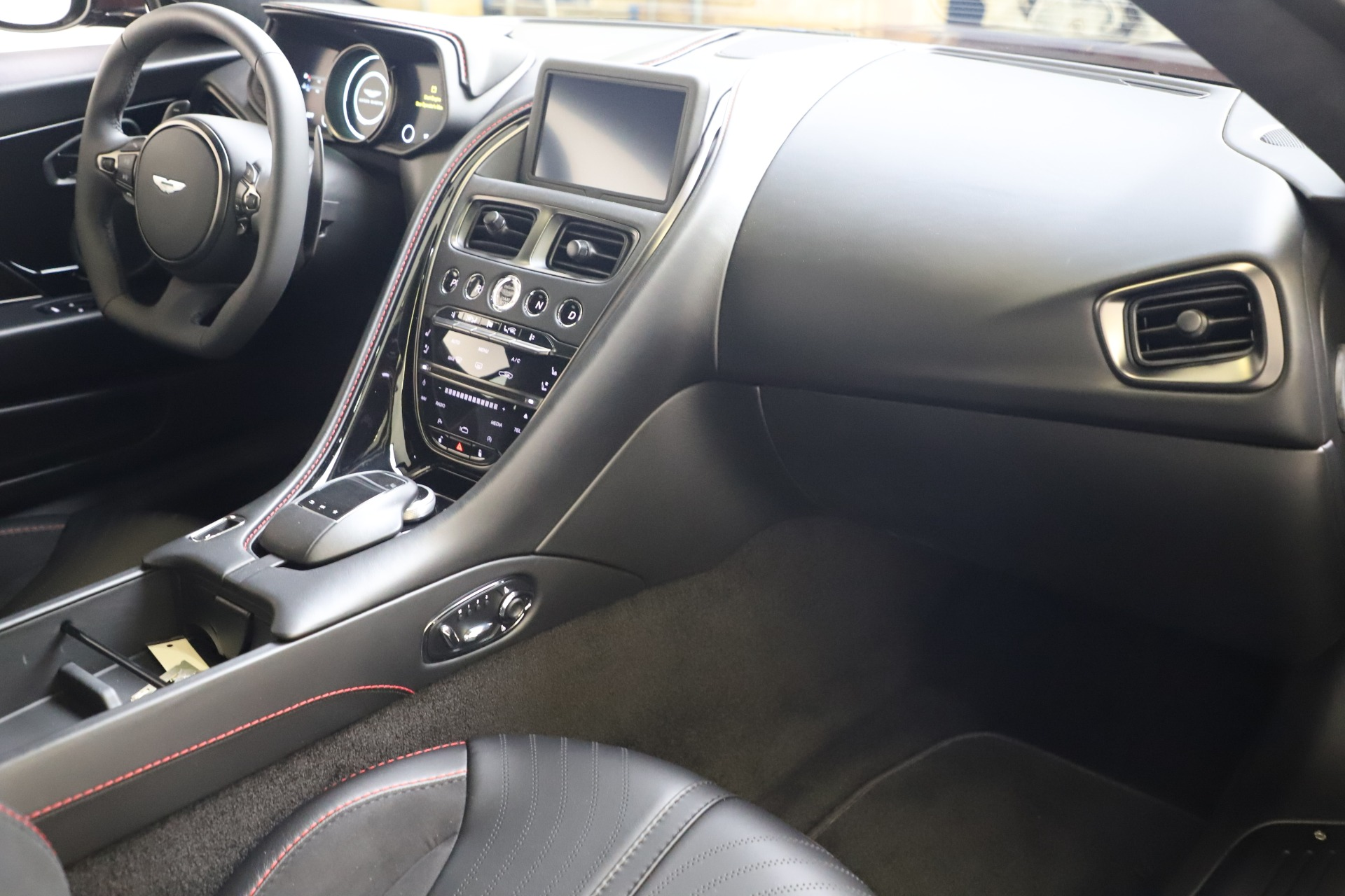 New 2019 Aston Martin DB11 AMR Coupe For Sale In Greenwich, CT 3379_p16