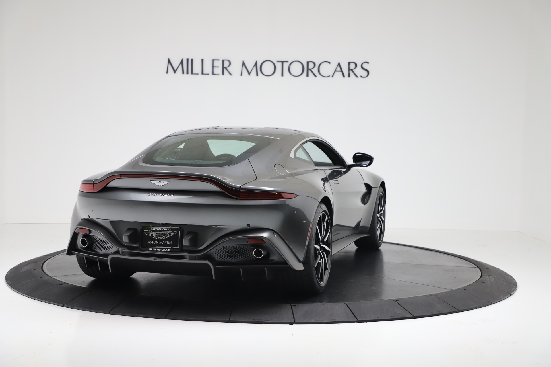 New 2020 Aston Martin Vantage V8 For Sale In Greenwich, CT 3384_p5