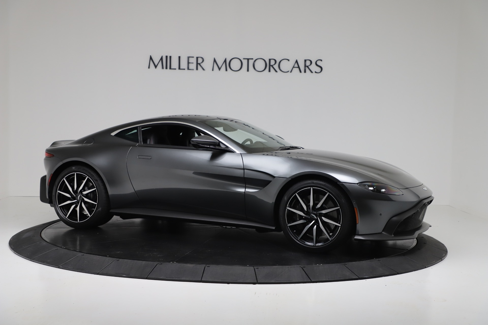 New 2020 Aston Martin Vantage V8 For Sale In Greenwich, CT 3384_p8