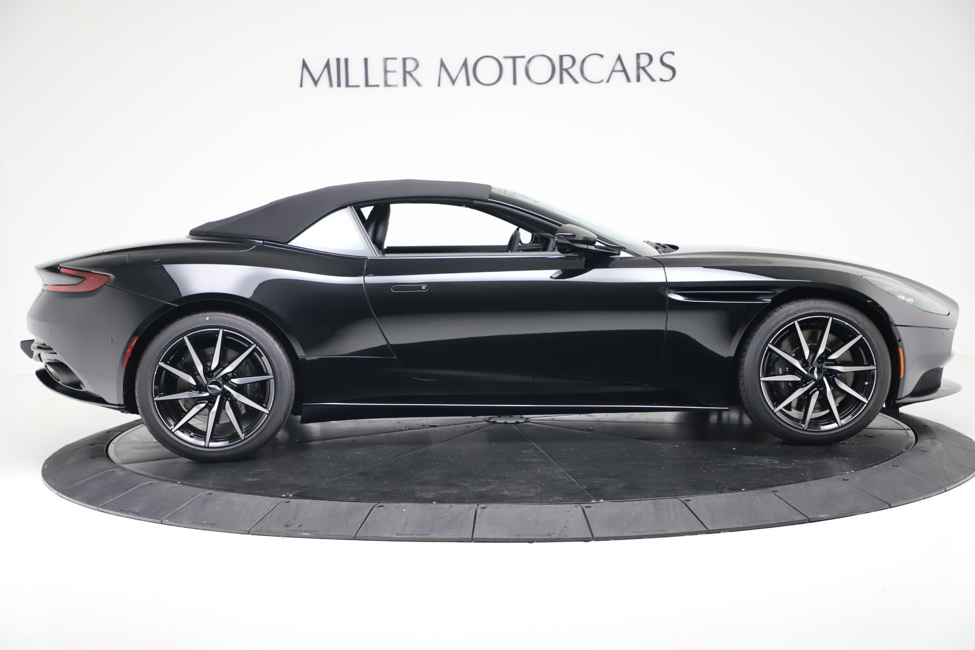 New 2020 Aston Martin DB11 Convertible For Sale In Greenwich, CT 3385_p18