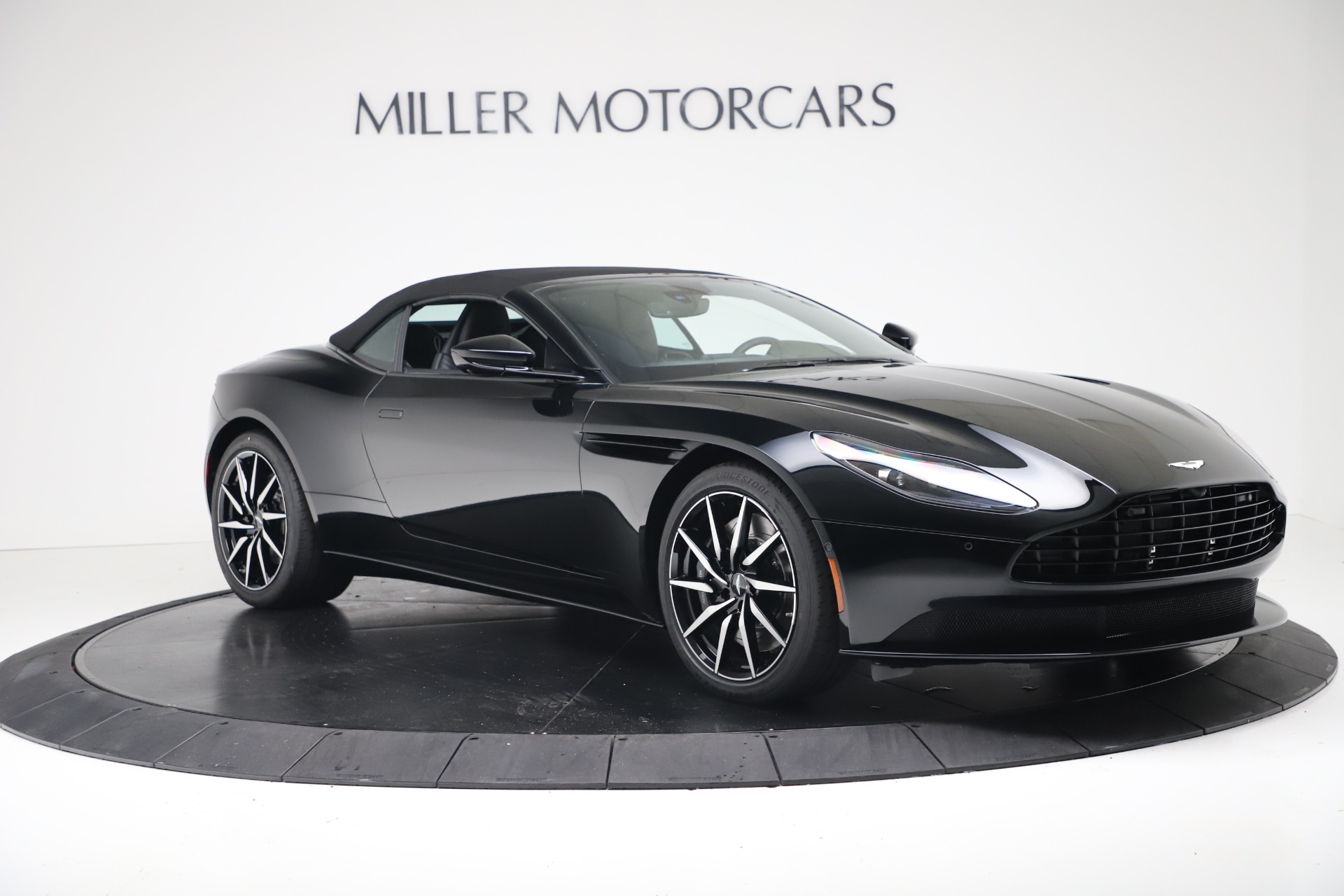 New 2020 Aston Martin DB11 Convertible For Sale In Greenwich, CT 3385_p19