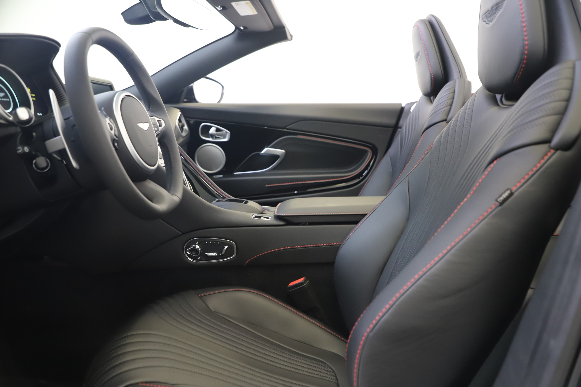 New 2020 Aston Martin DB11 Convertible For Sale In Greenwich, CT 3385_p22