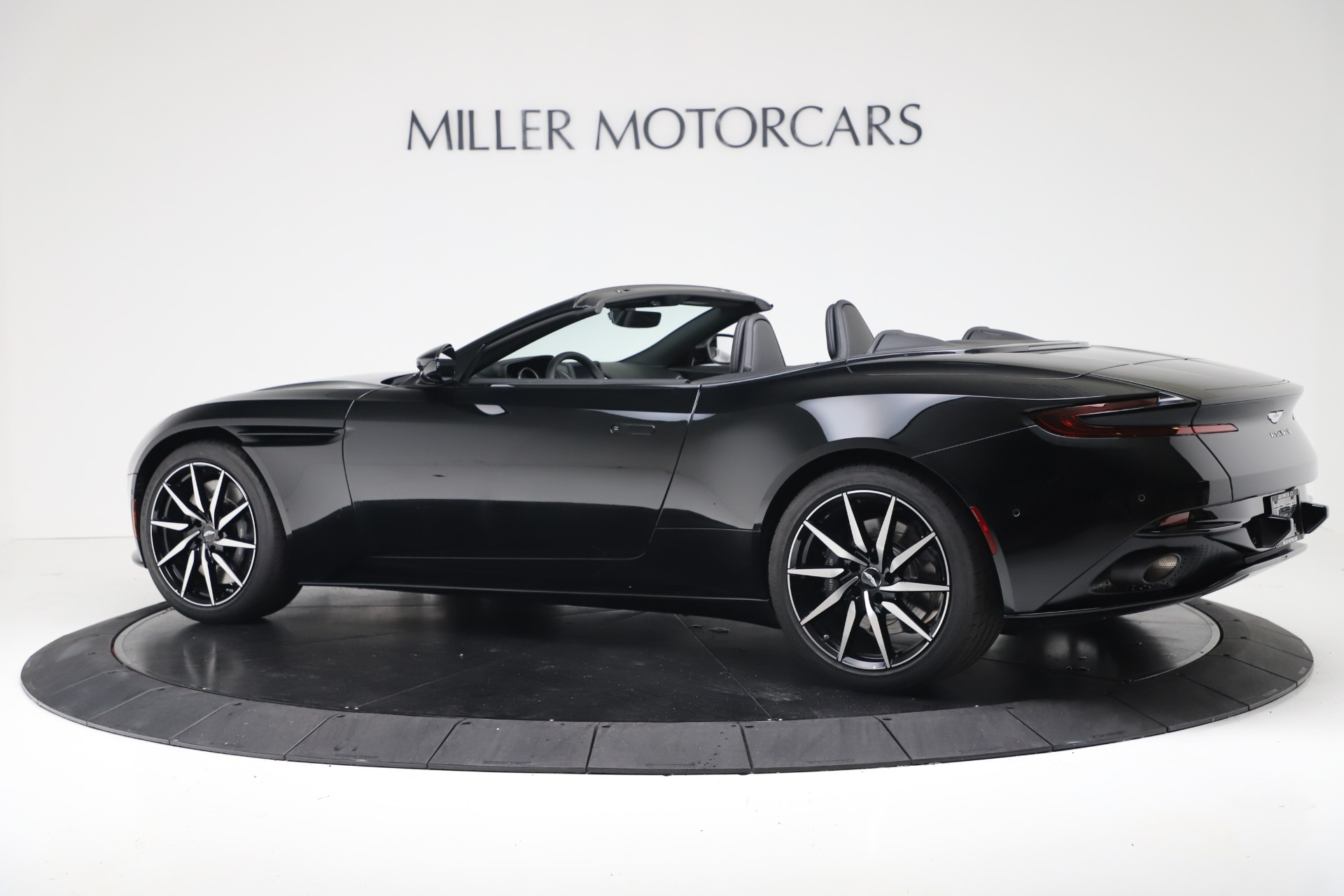 New 2020 Aston Martin DB11 Convertible For Sale In Greenwich, CT 3385_p4