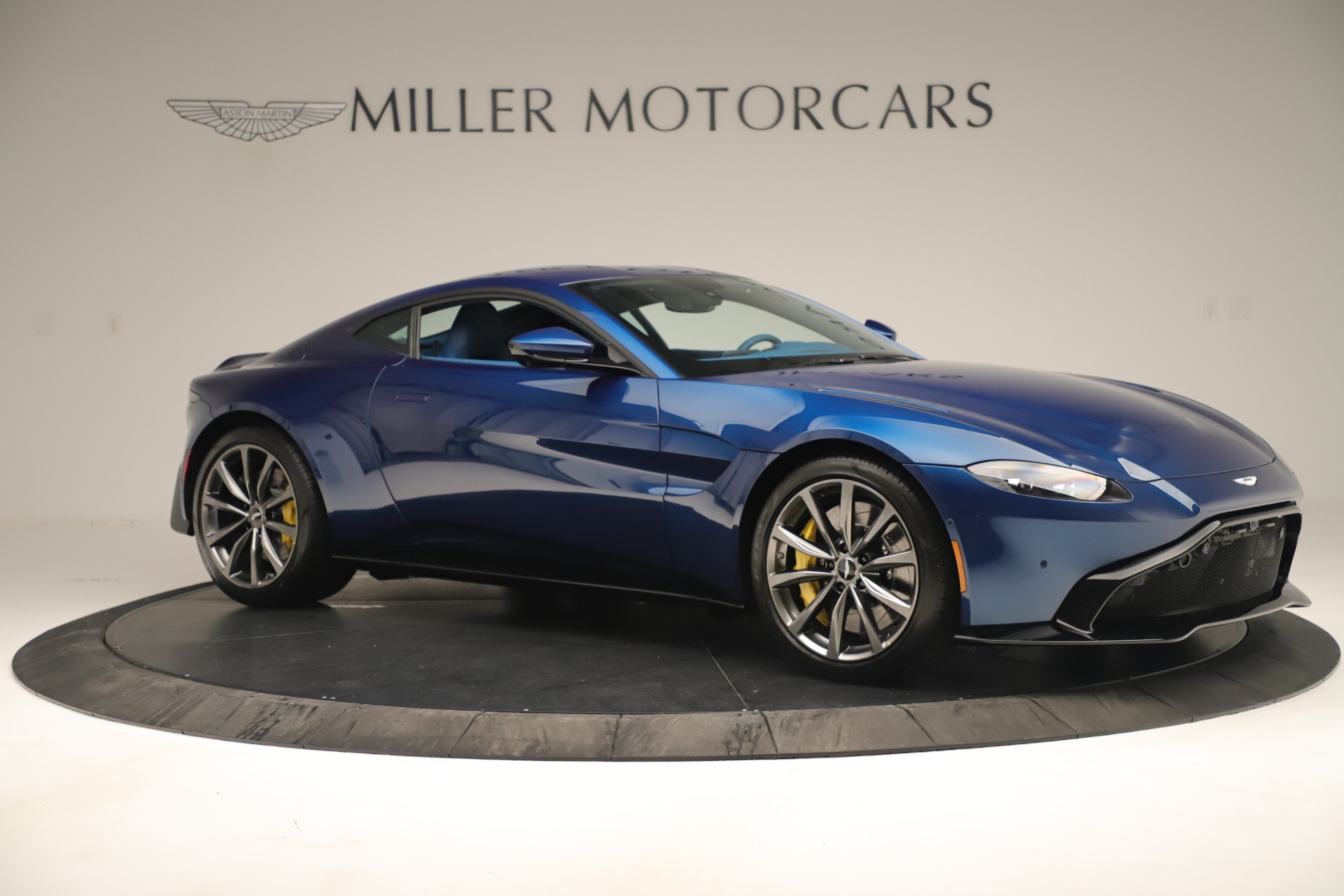 New 2020 Aston Martin Vantage Coupe For Sale In Greenwich, CT 3393_p10