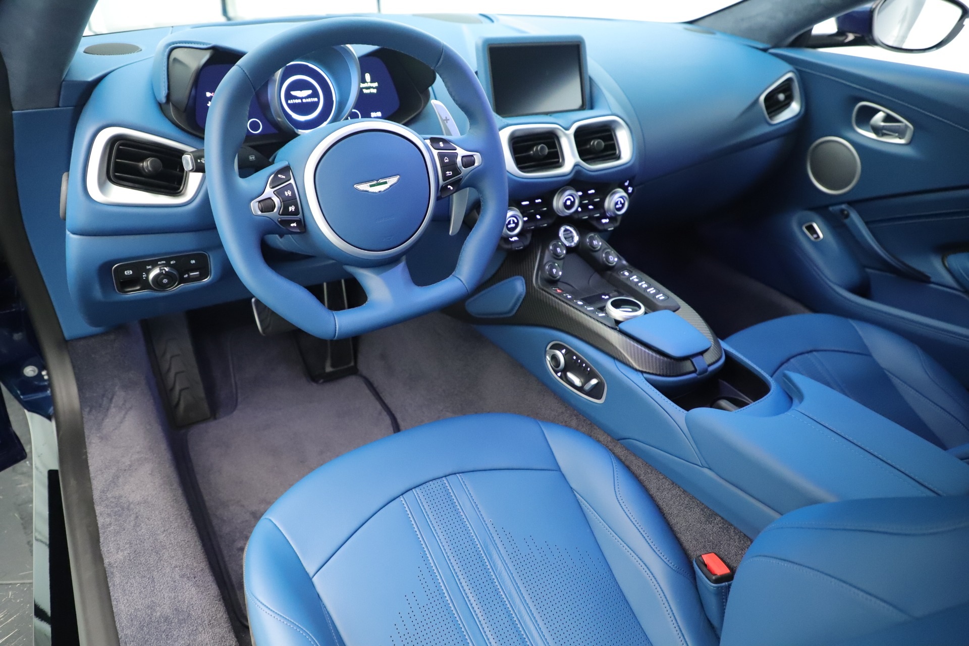 New 2020 Aston Martin Vantage Coupe For Sale In Greenwich, CT 3393_p14