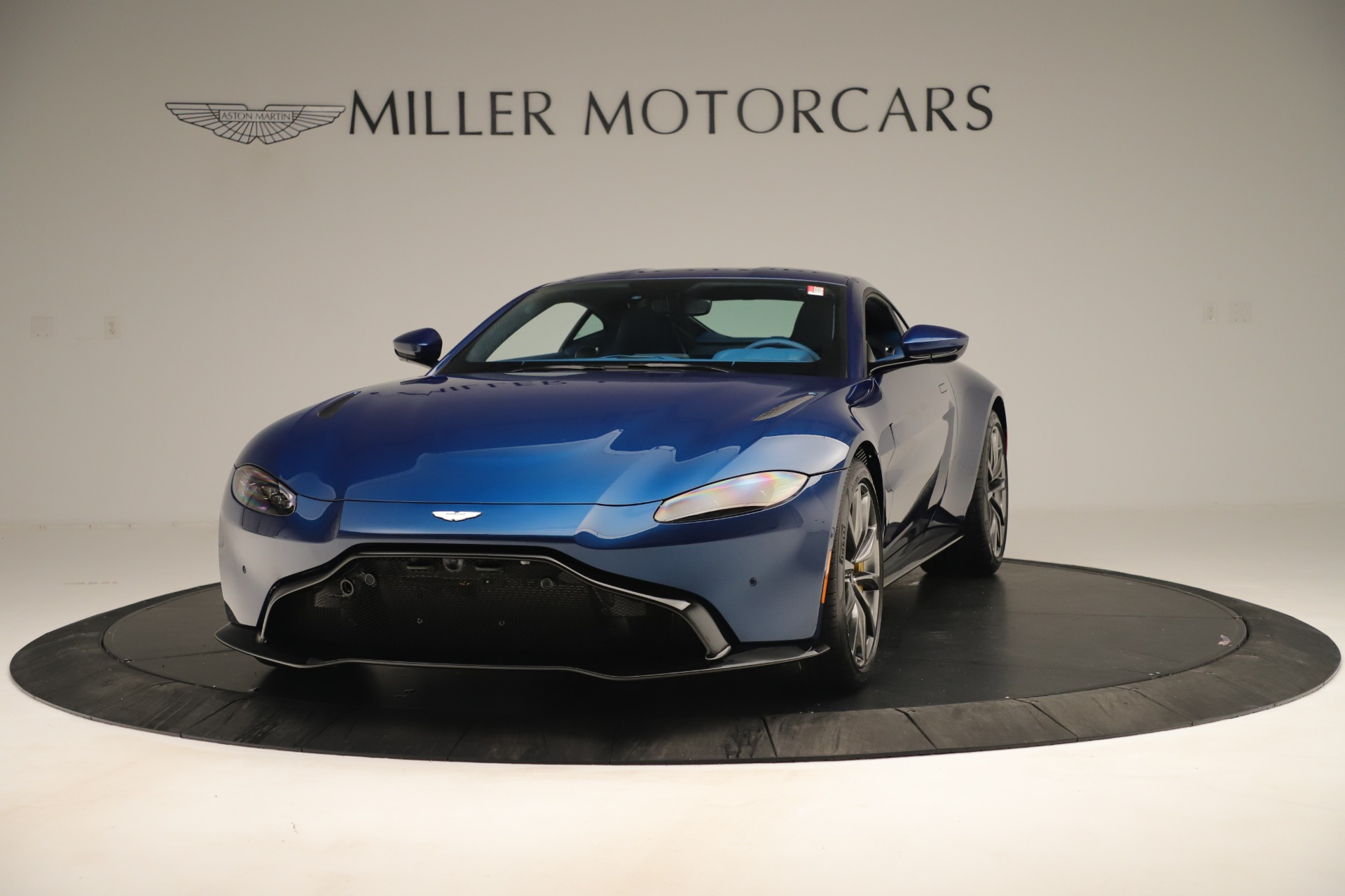 New 2020 Aston Martin Vantage Coupe For Sale In Greenwich, CT 3393_p2