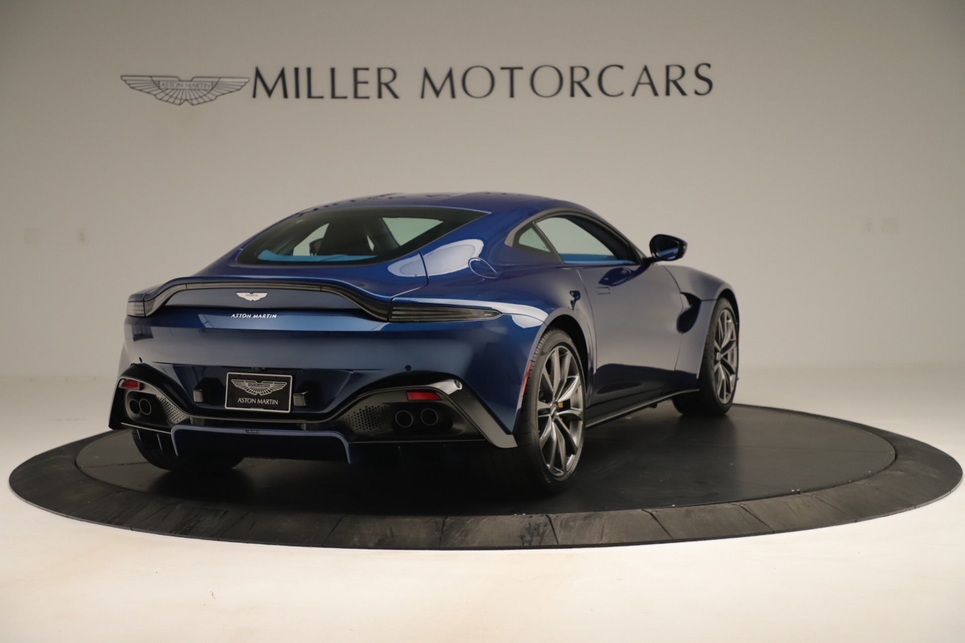 New 2020 Aston Martin Vantage Coupe For Sale In Greenwich, CT 3393_p7