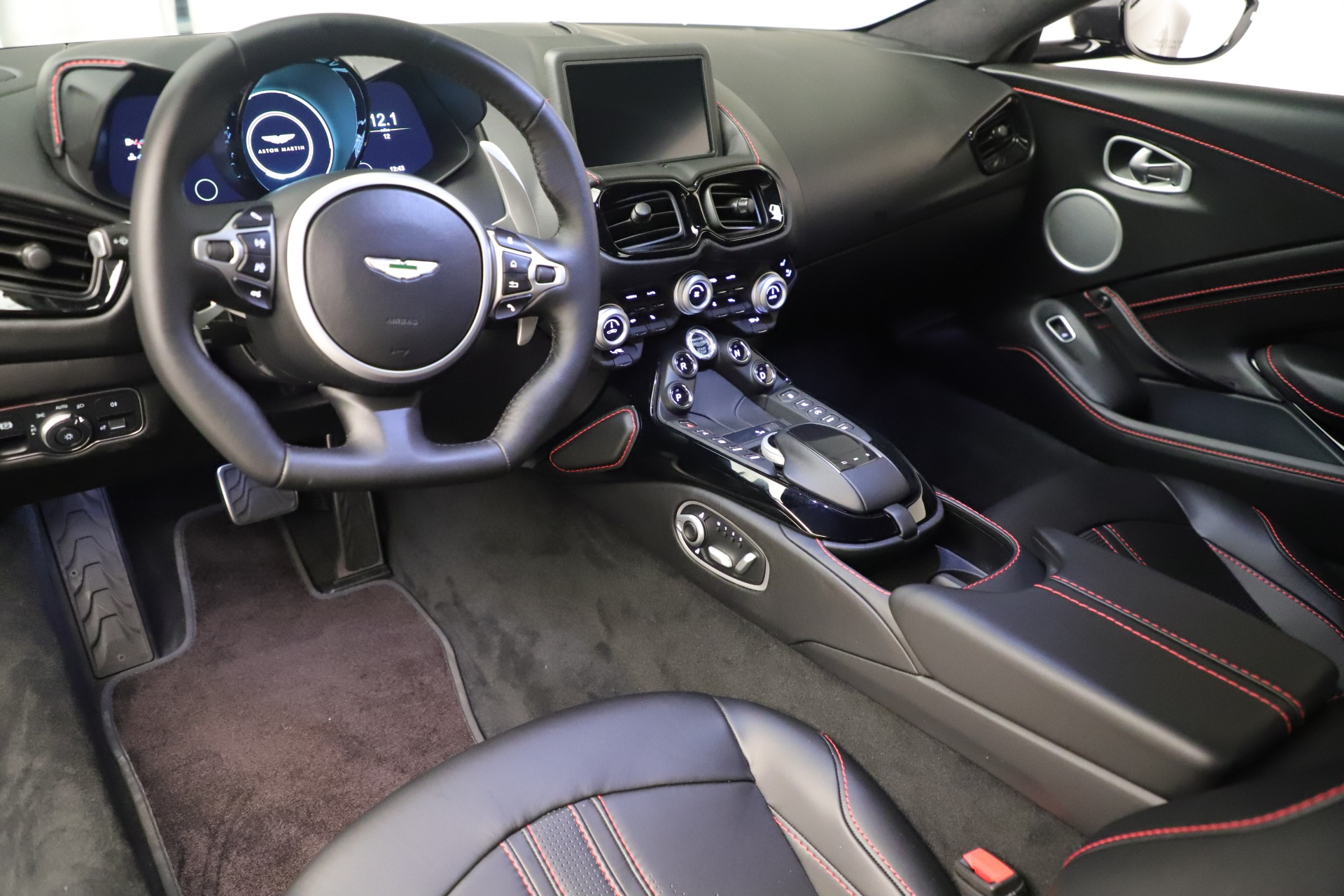 New 2020 Aston Martin Vantage  For Sale In Greenwich, CT 3394_p14