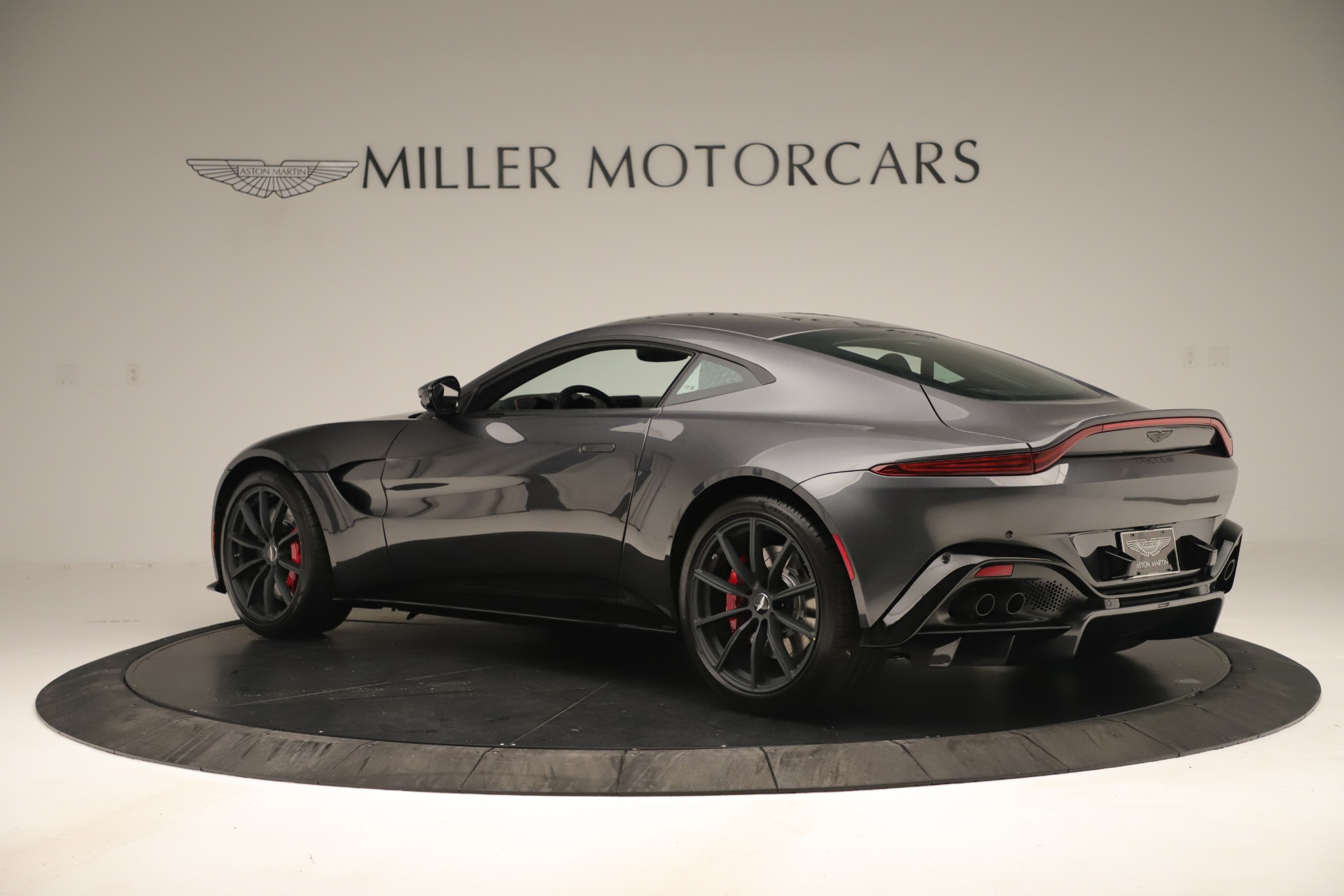 New 2020 Aston Martin Vantage  For Sale In Greenwich, CT 3394_p3