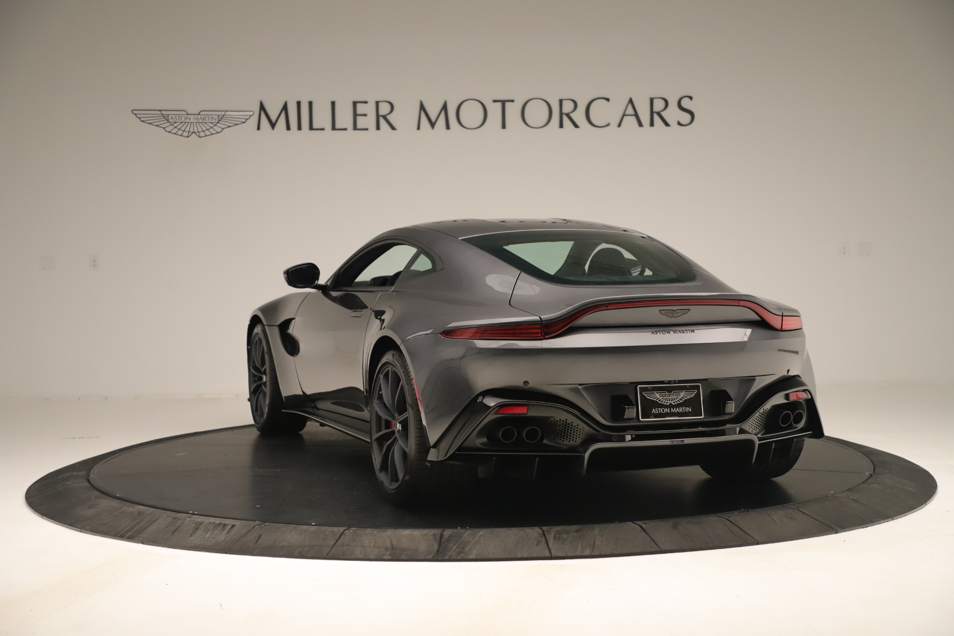 New 2020 Aston Martin Vantage  For Sale In Greenwich, CT 3394_p4
