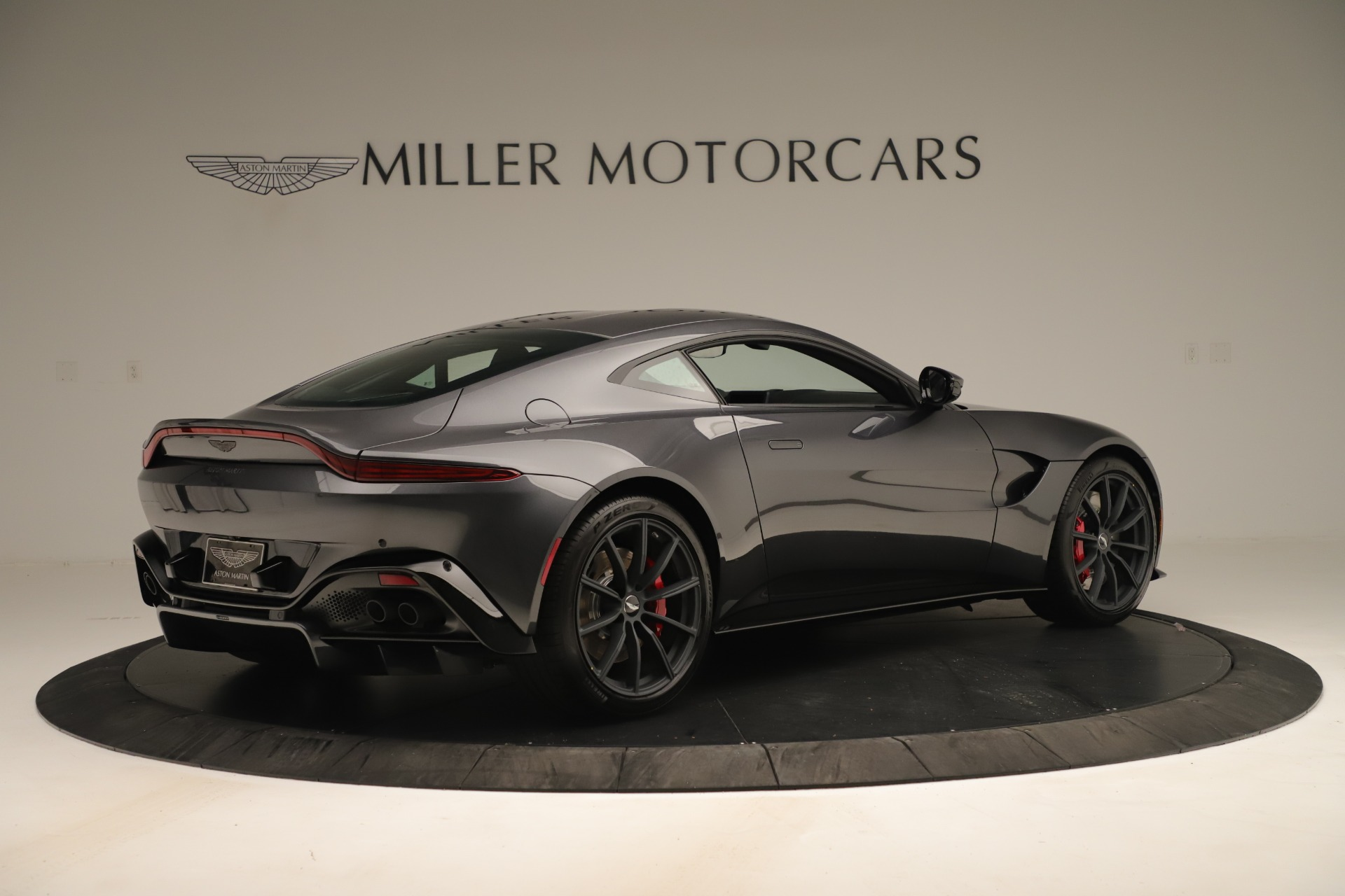 New 2020 Aston Martin Vantage  For Sale In Greenwich, CT 3394_p7
