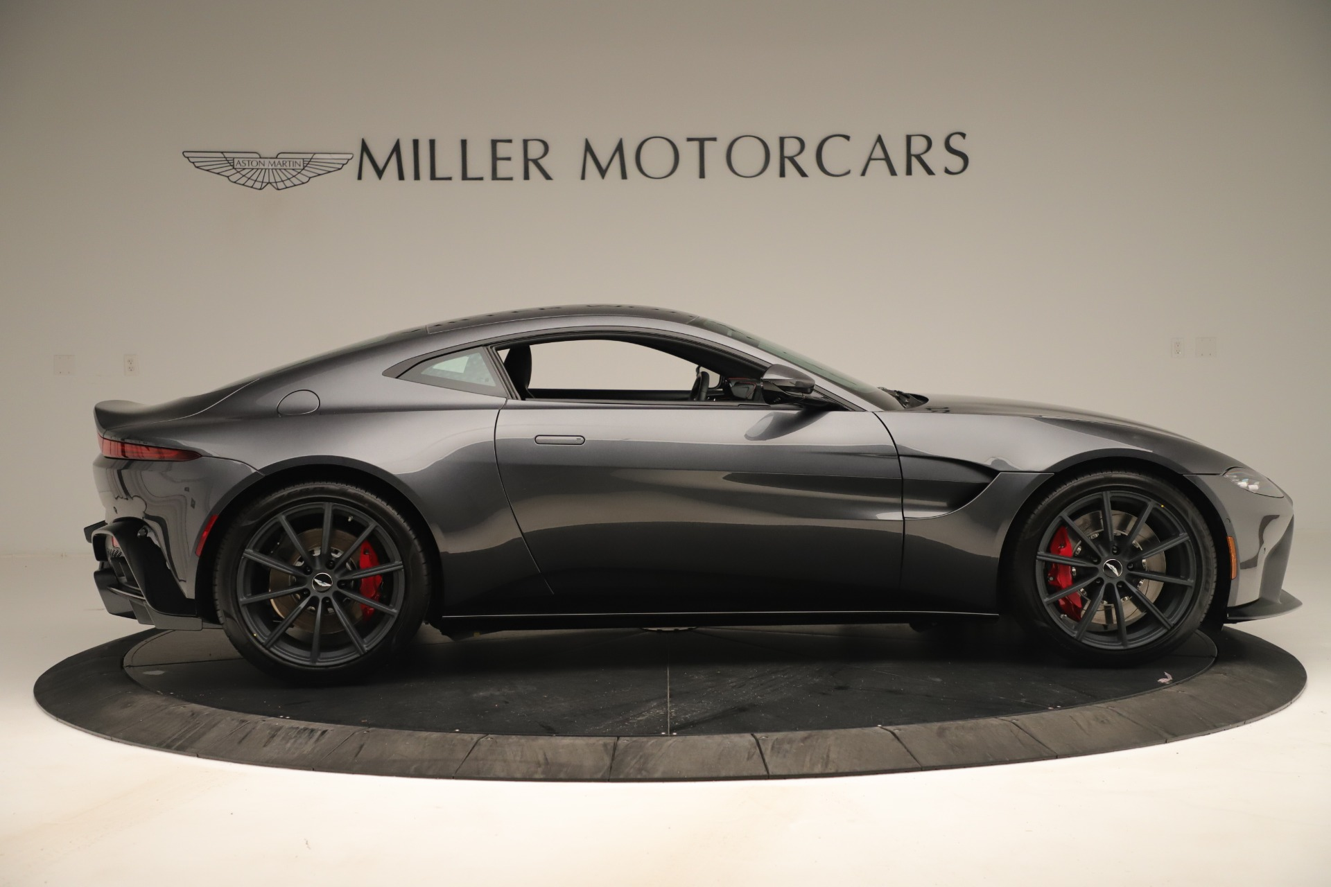 New 2020 Aston Martin Vantage  For Sale In Greenwich, CT 3394_p8