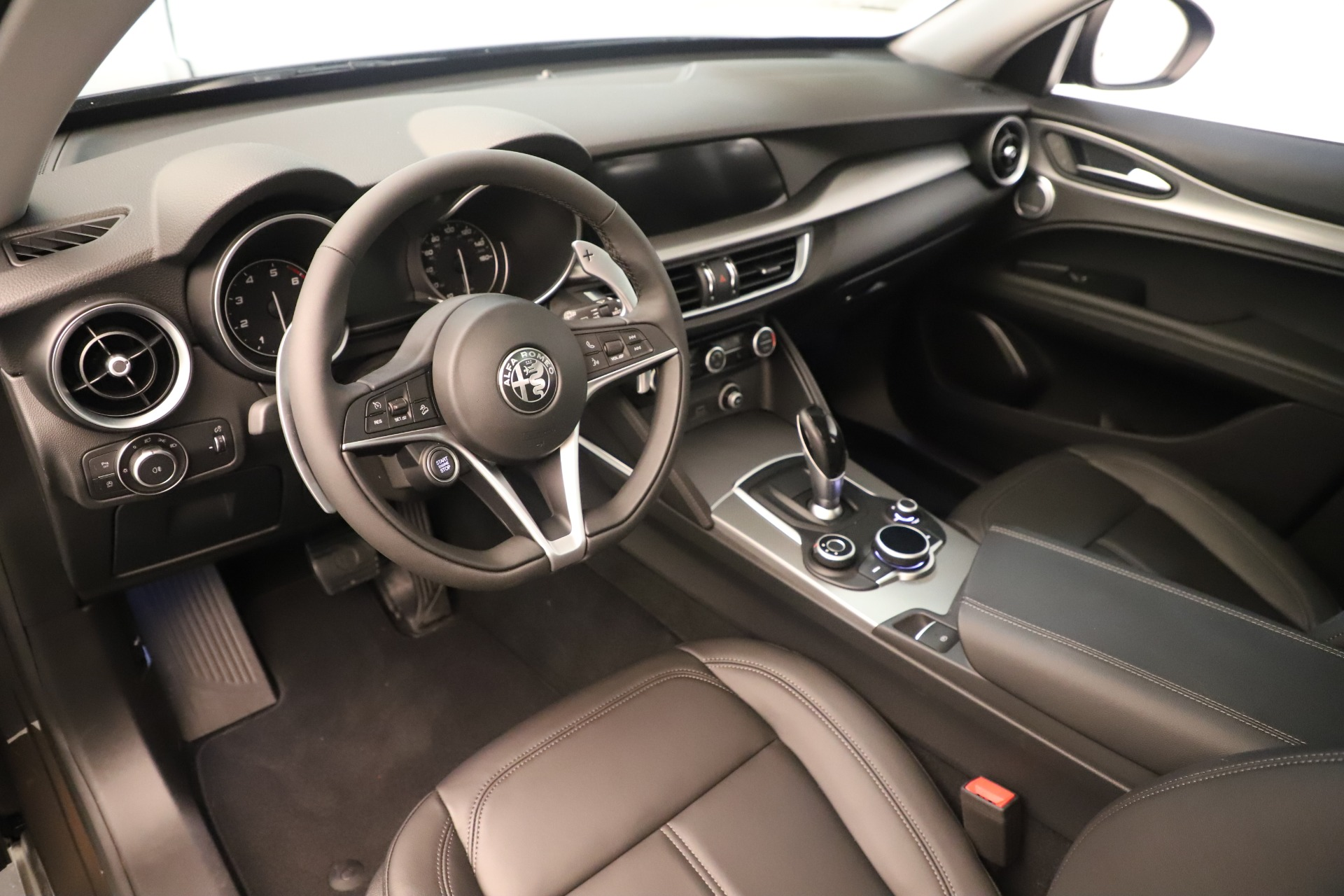 New 2019 Alfa Romeo Stelvio Ti Q4 For Sale In Greenwich, CT 3403_p13