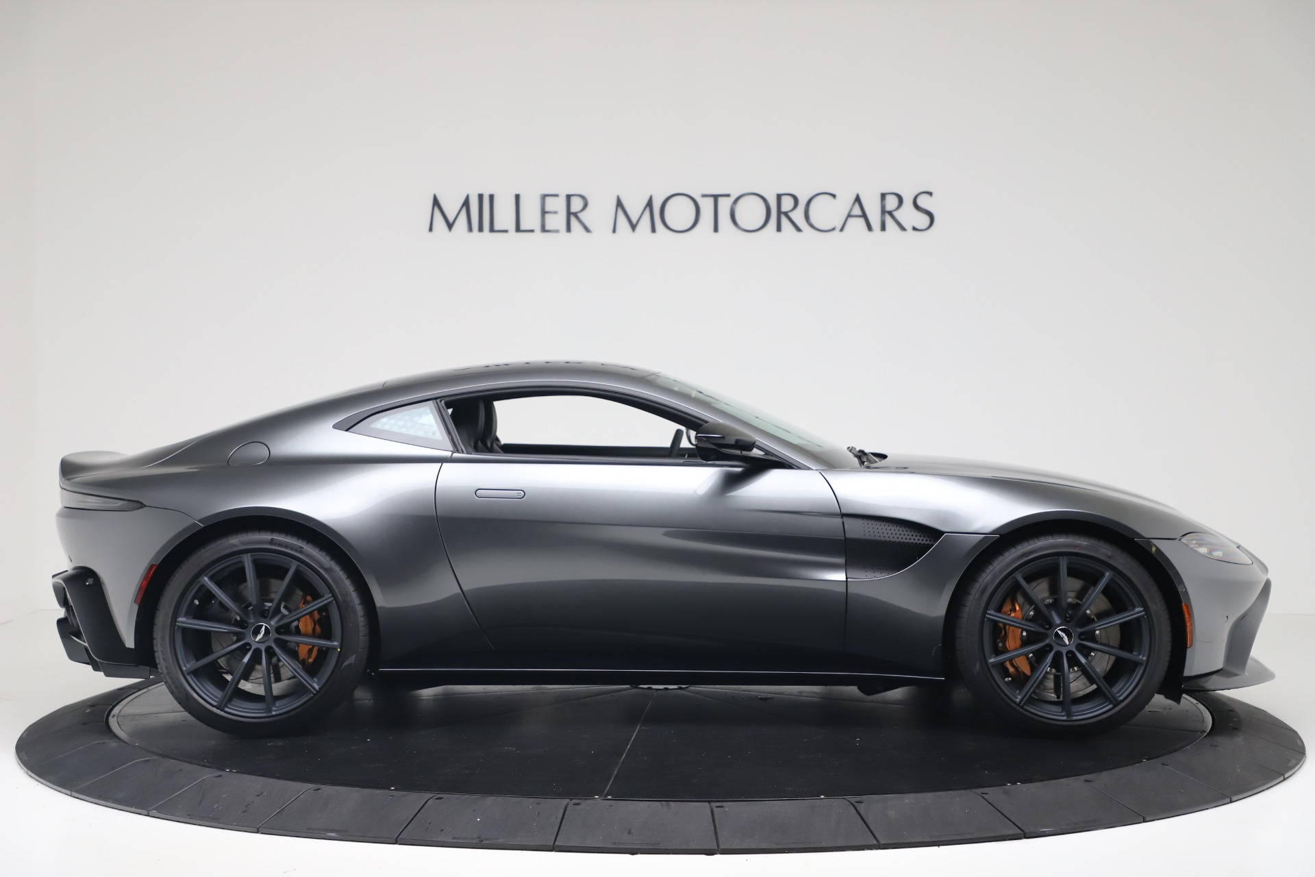 New 2020 Aston Martin Vantage V8 For Sale In Greenwich, CT 3408_p10
