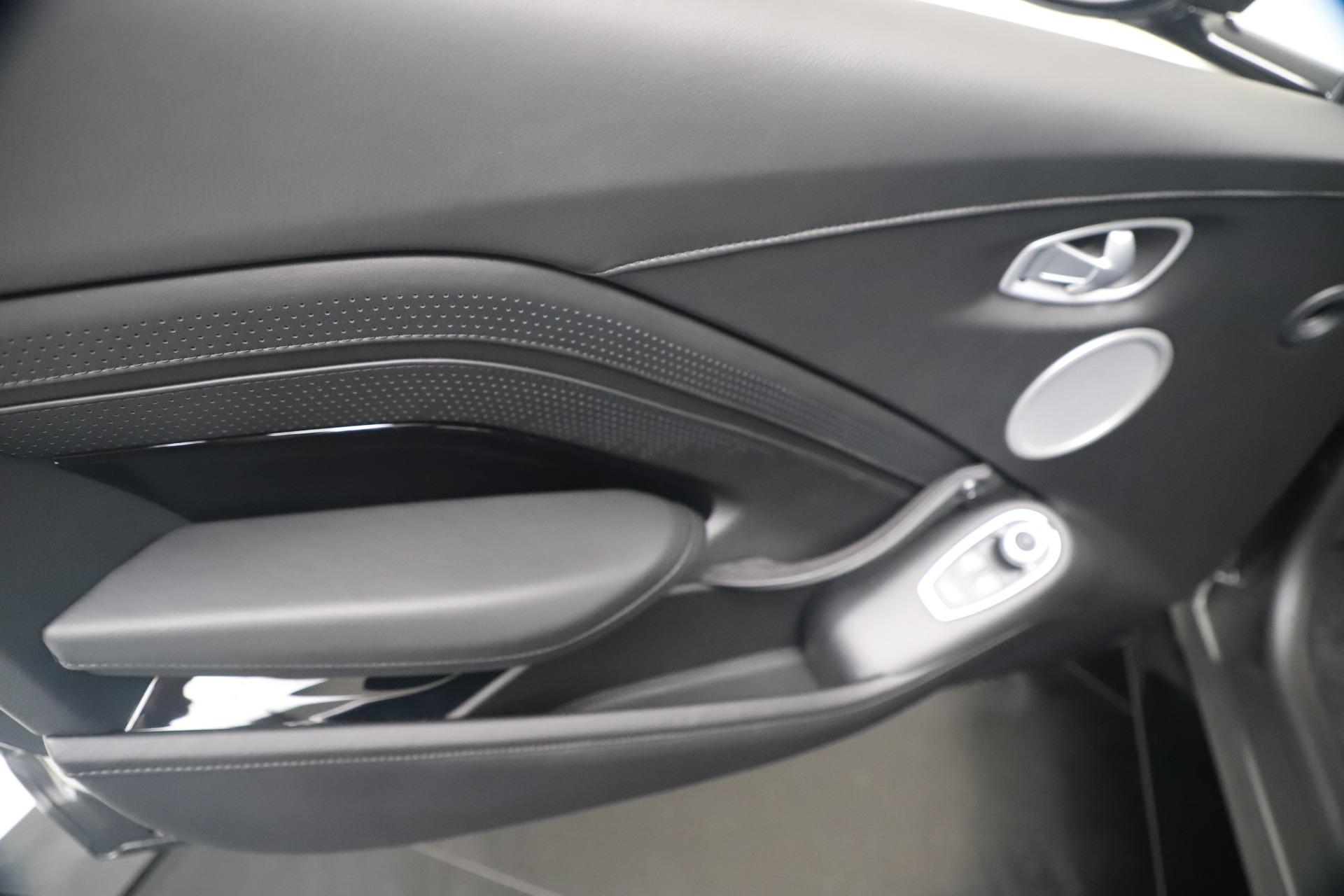 New 2020 Aston Martin Vantage V8 For Sale In Greenwich, CT 3408_p16