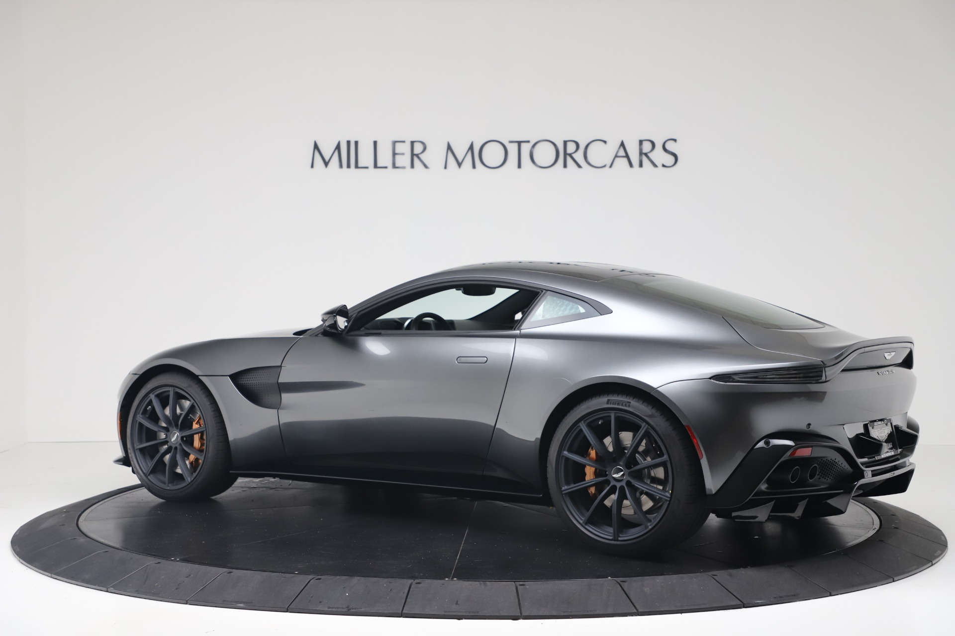 New 2020 Aston Martin Vantage V8 For Sale In Greenwich, CT 3408_p5