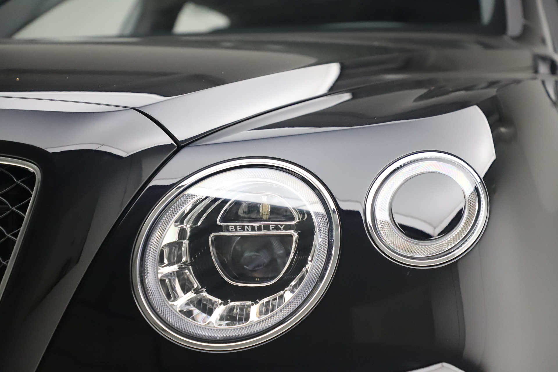 New 2020 Bentley Bentayga V8 For Sale In Greenwich, CT 3425_p14