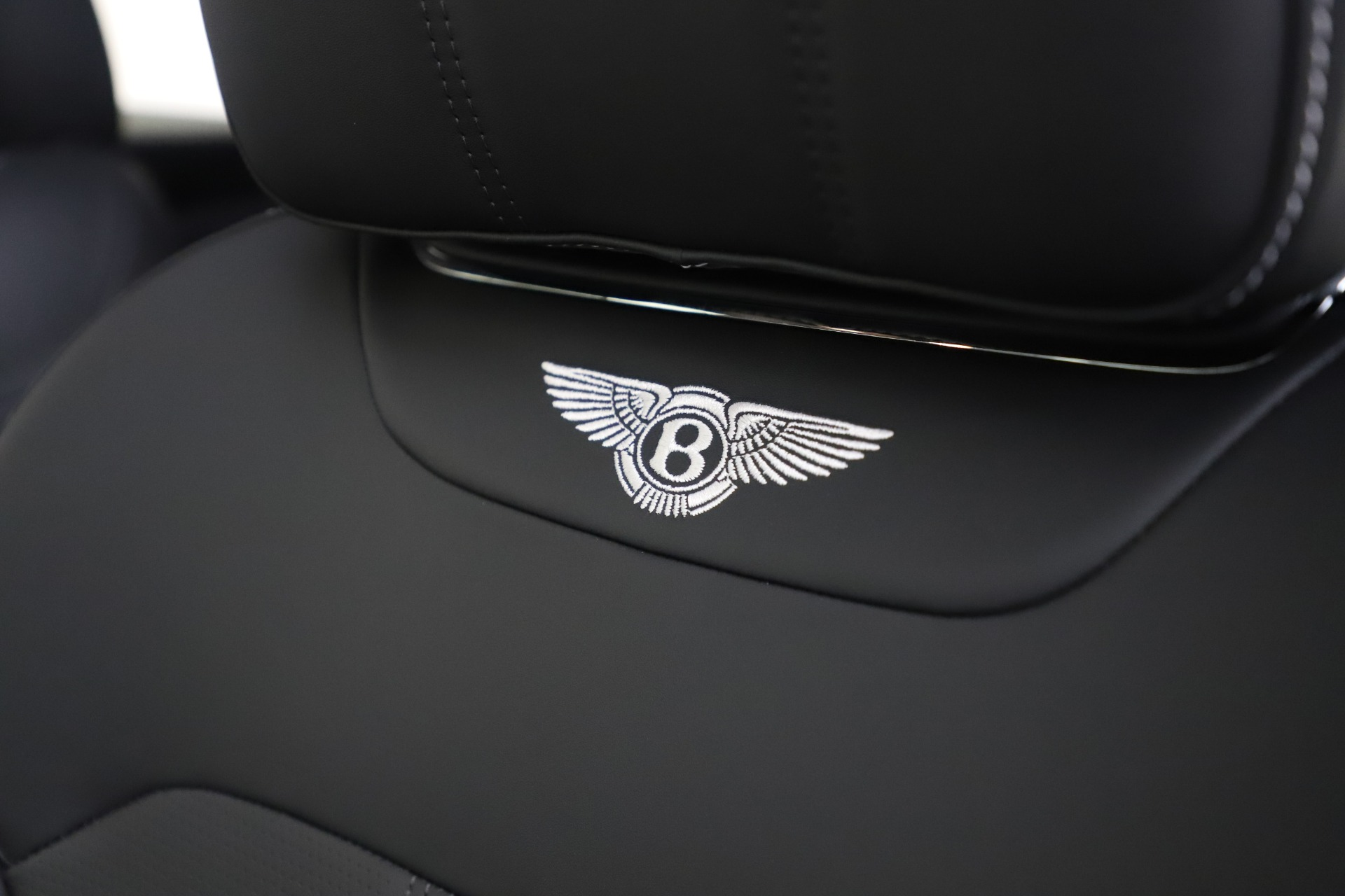 New 2020 Bentley Bentayga V8 For Sale In Greenwich, CT 3425_p20