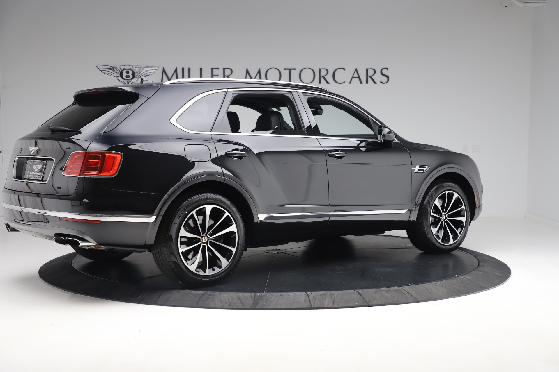 New 2020 Bentley Bentayga V8 For Sale In Greenwich, CT 3425_p8