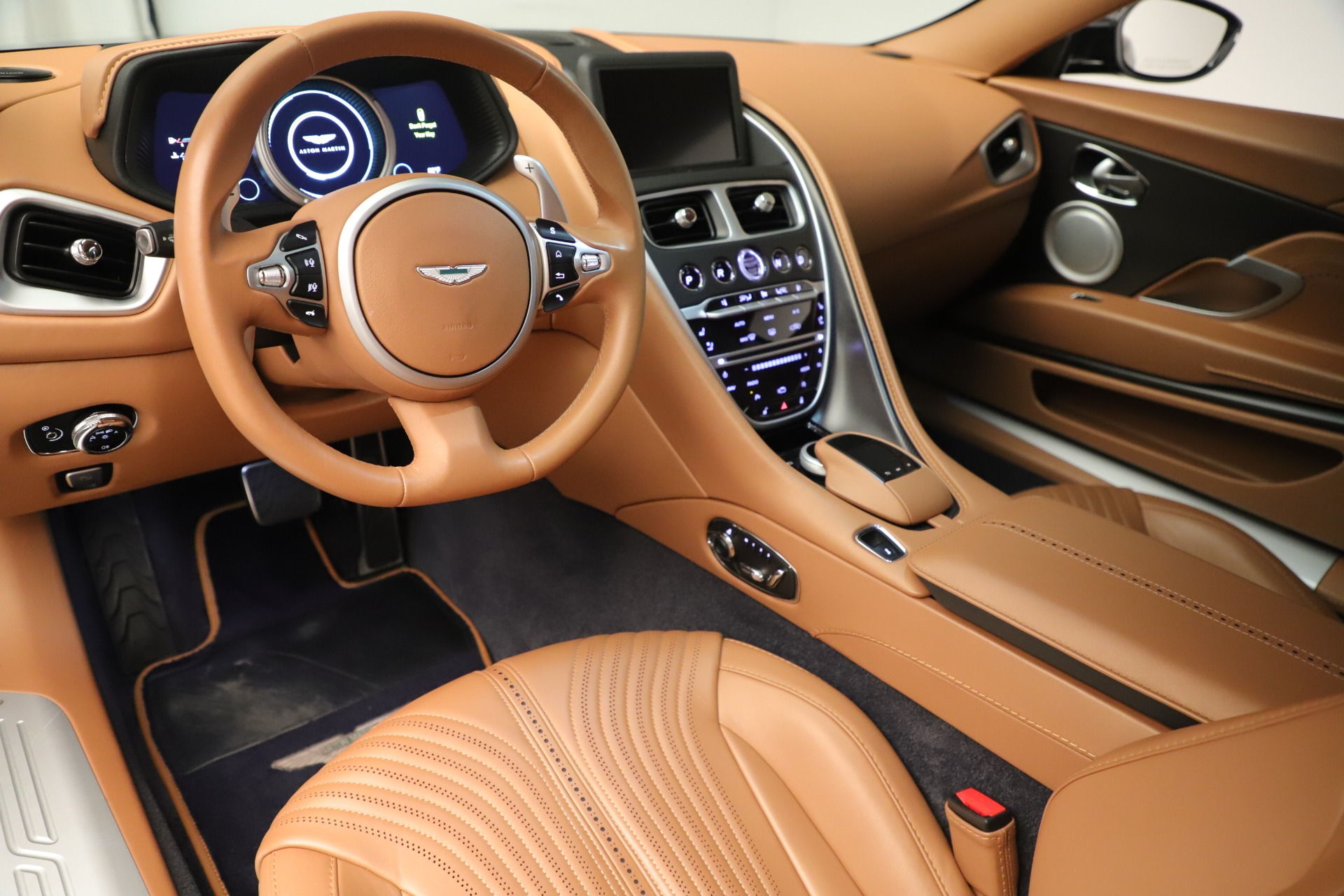 Used 2017 Aston Martin DB11 Launch Edition For Sale In Greenwich, CT 3431_p13