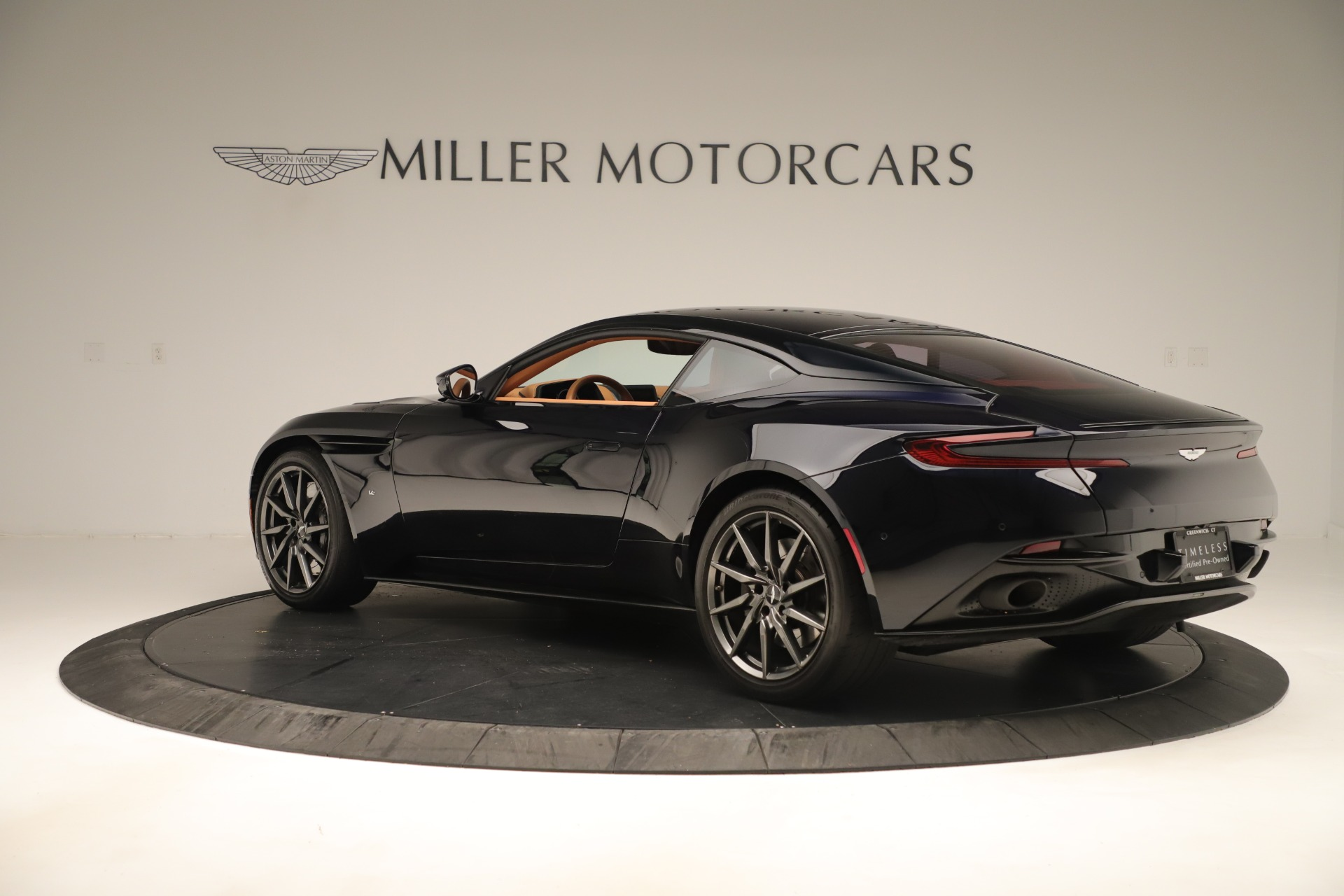 Used 2017 Aston Martin DB11 Launch Edition For Sale In Greenwich, CT 3431_p3