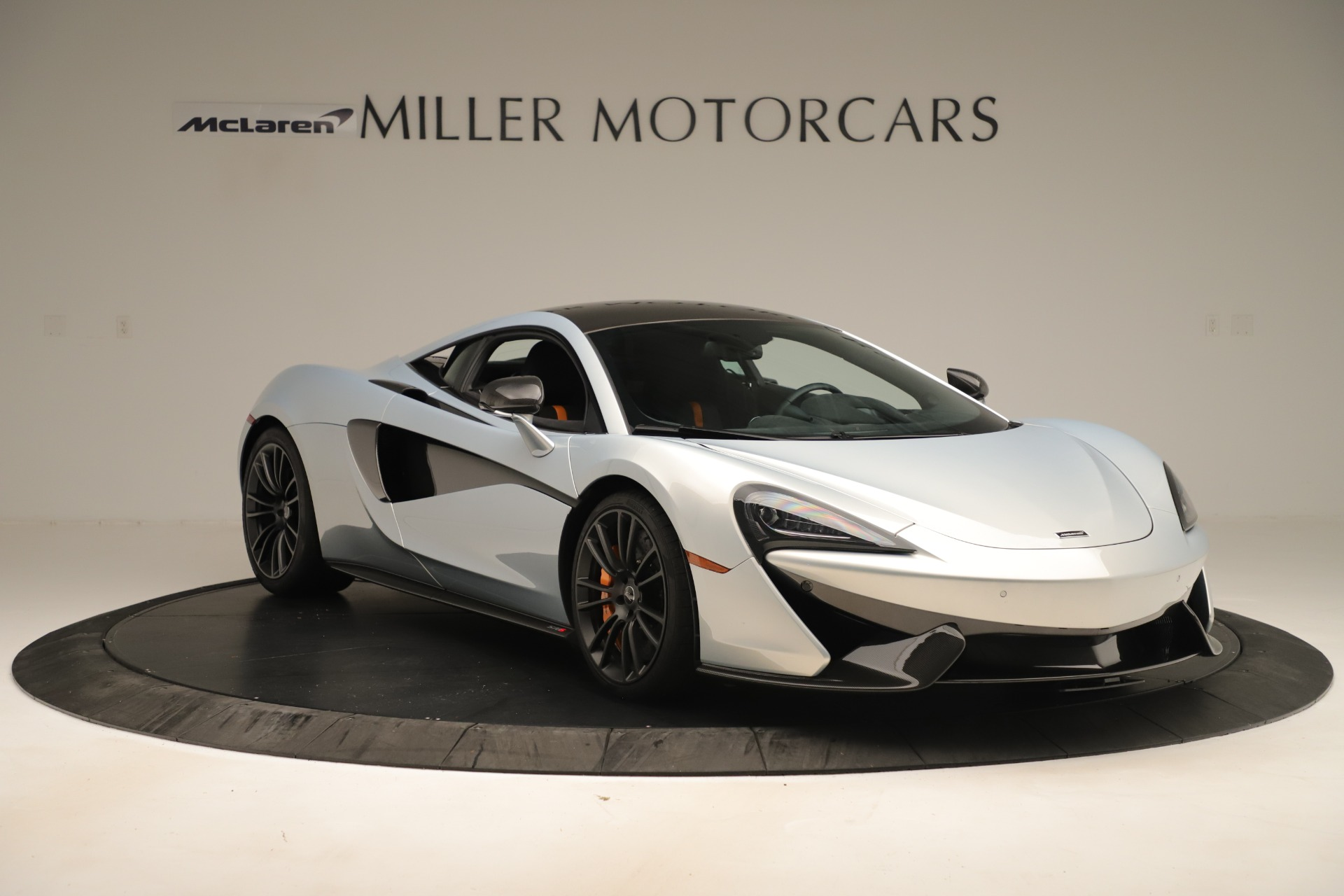 Used 2016 McLaren 570S Coupe For Sale In Greenwich, CT 3433_p10